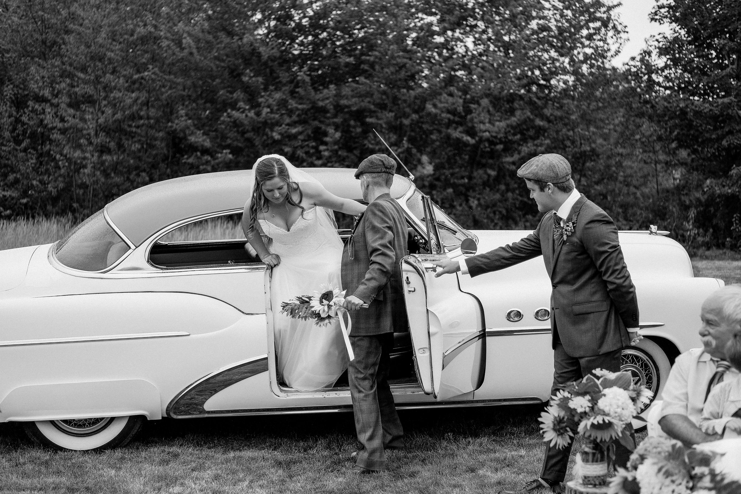 backyard-nh-wedding-photography-396.jpg
