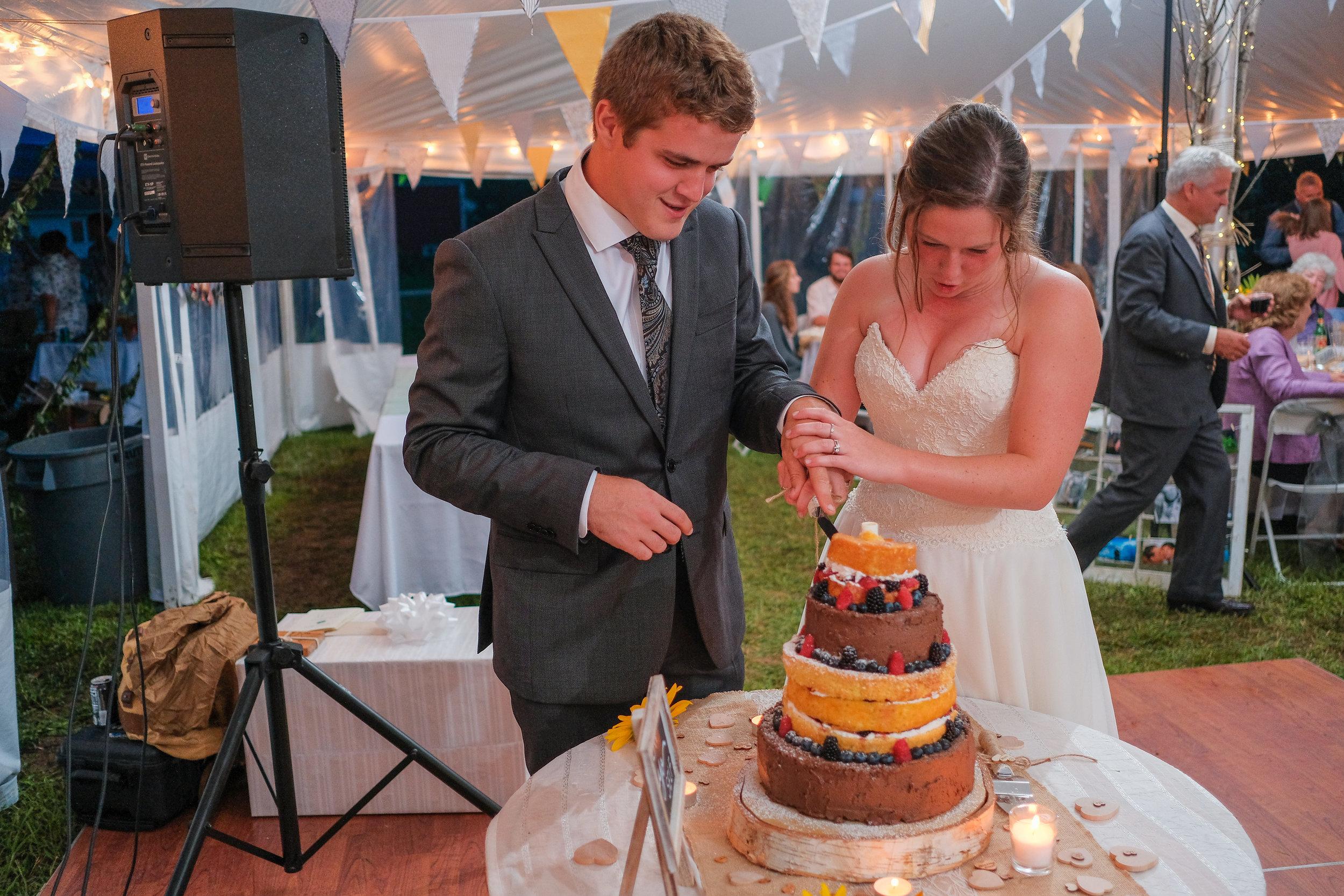 backyard-nh-wedding-photography-1080.jpg