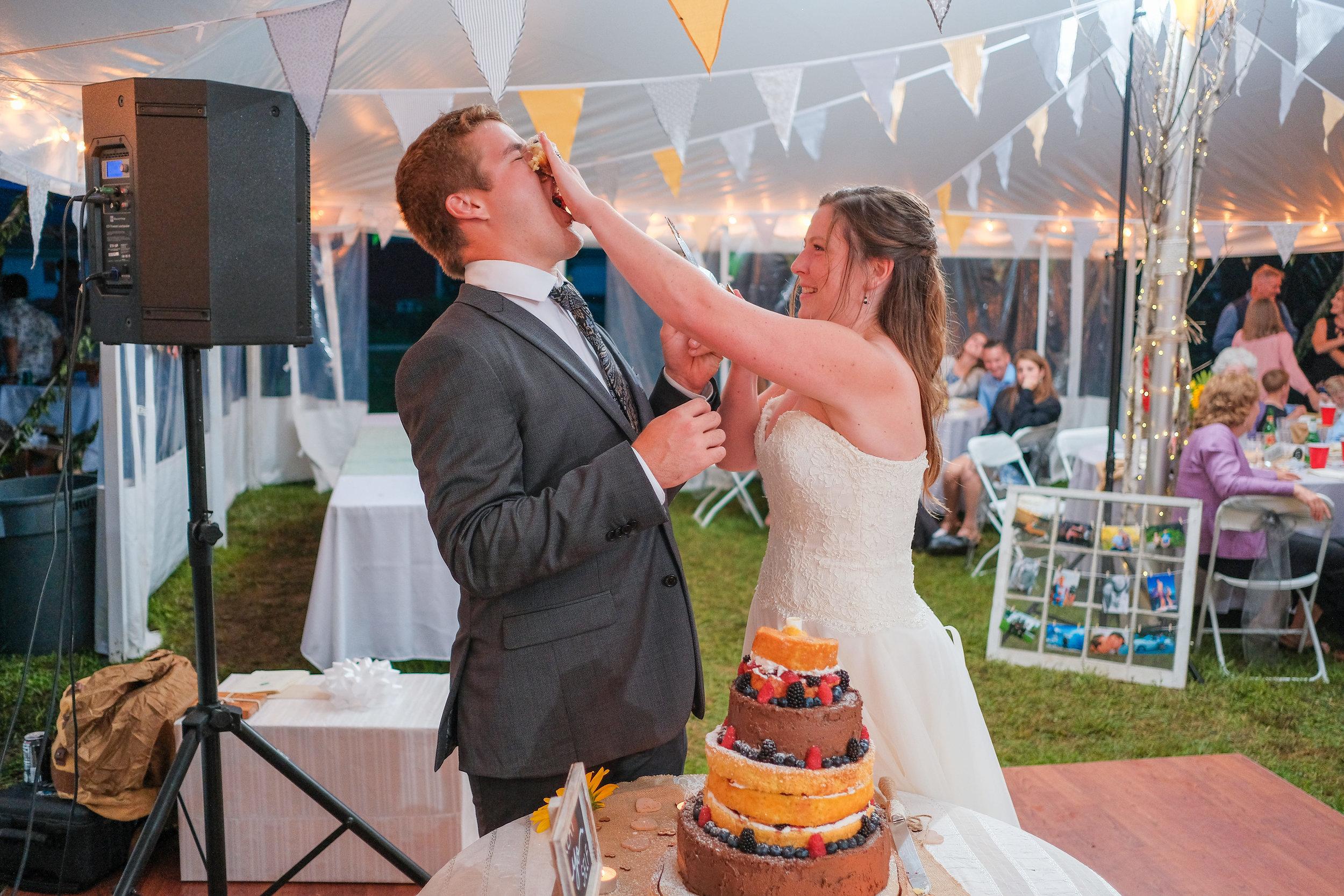 backyard-nh-wedding-photography-1082.jpg
