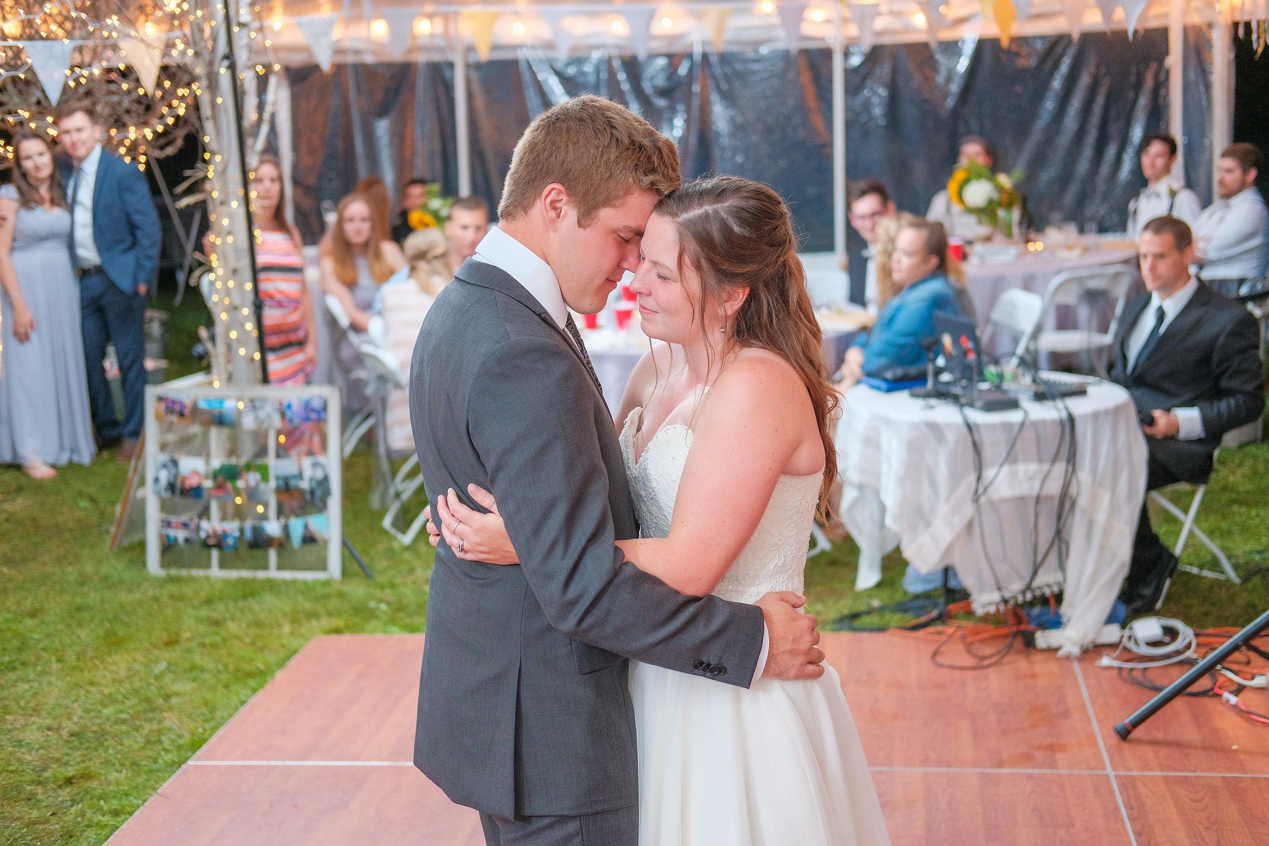 backyard-nh-wedding-photography-1110.jpg