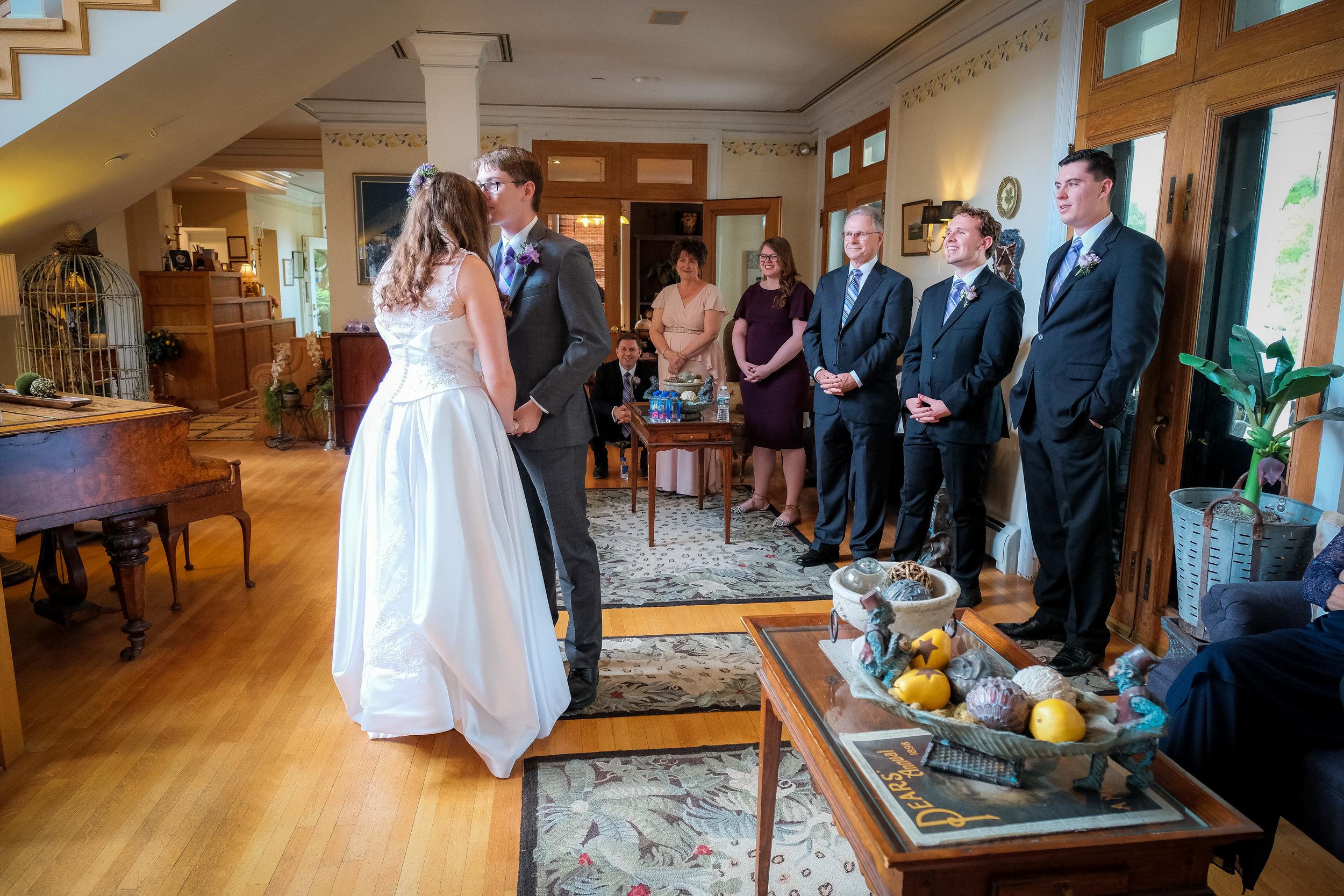 Vermont-Lilac-Inn-Wedding-Photography-155.jpg