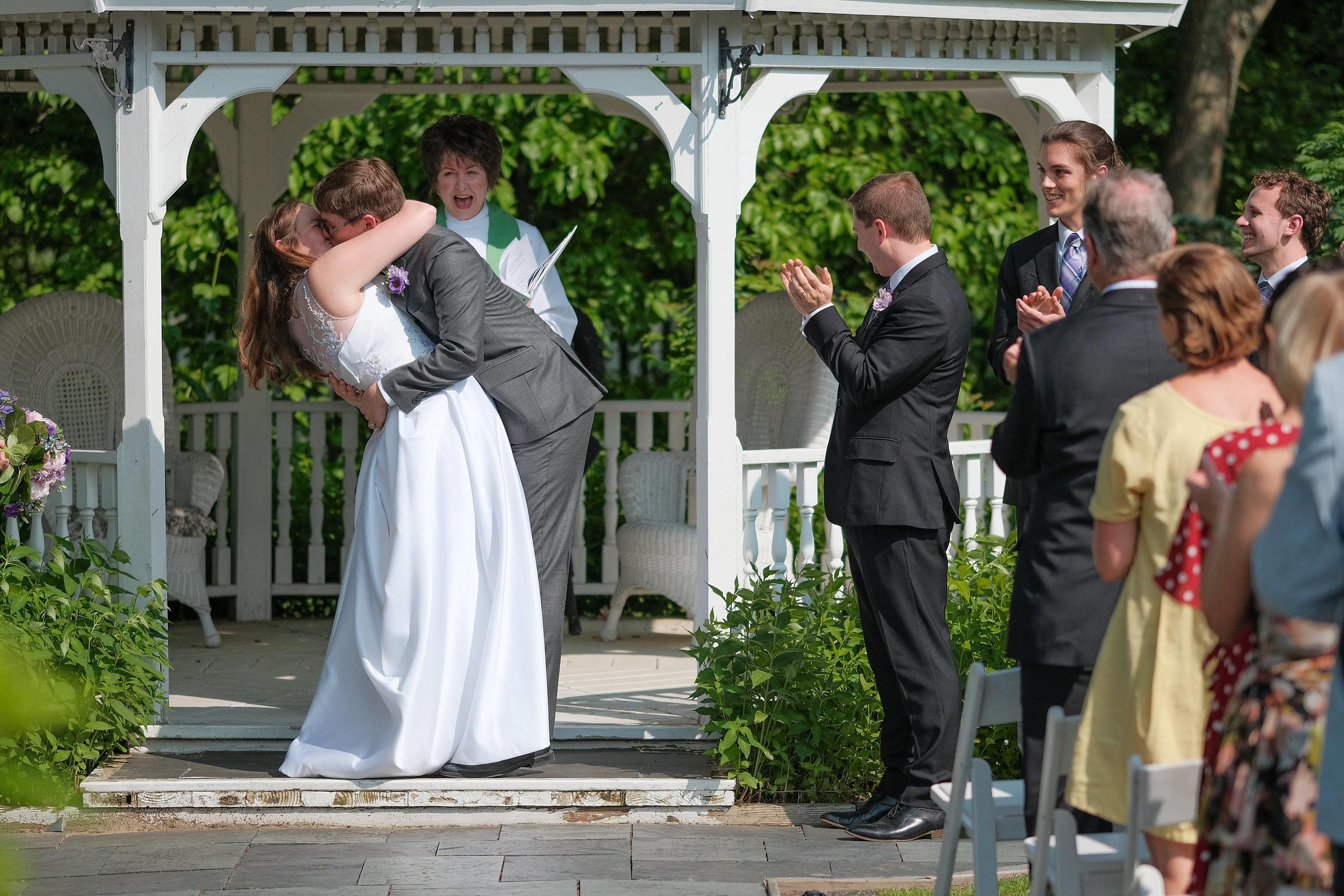 Vermont-Lilac-Inn-Wedding-Photography-682.jpg
