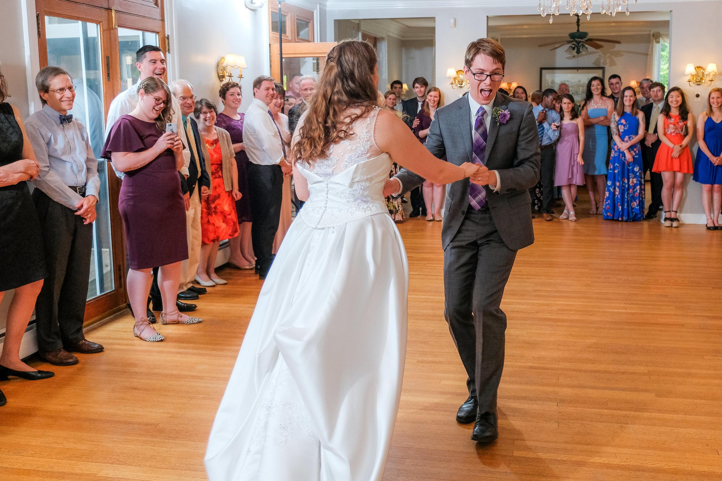 Vermont-Lilac-Inn-Wedding-Photography-1009.jpg
