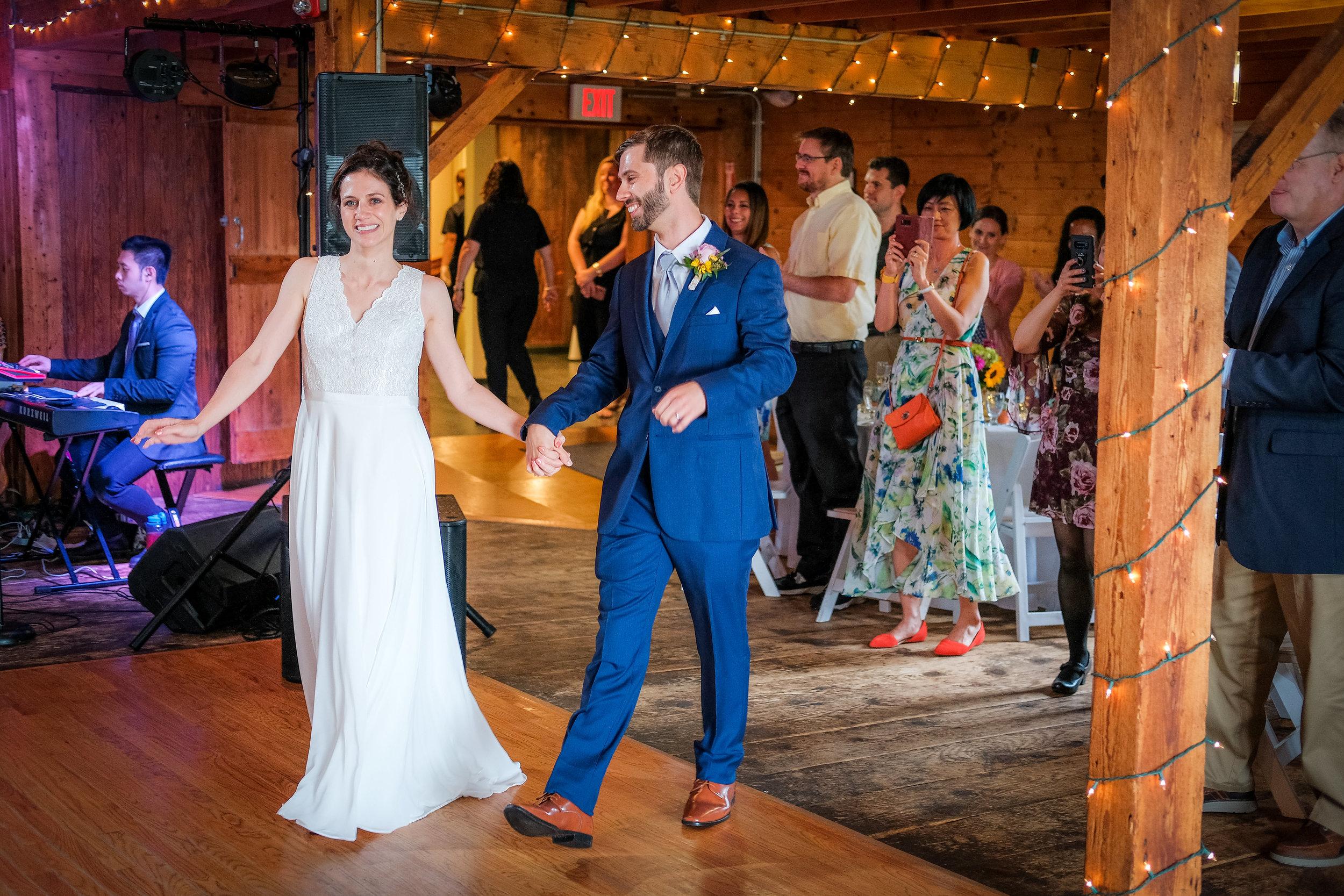 Peabody-Smith-Barn-Wedding-Photography-21.jpg