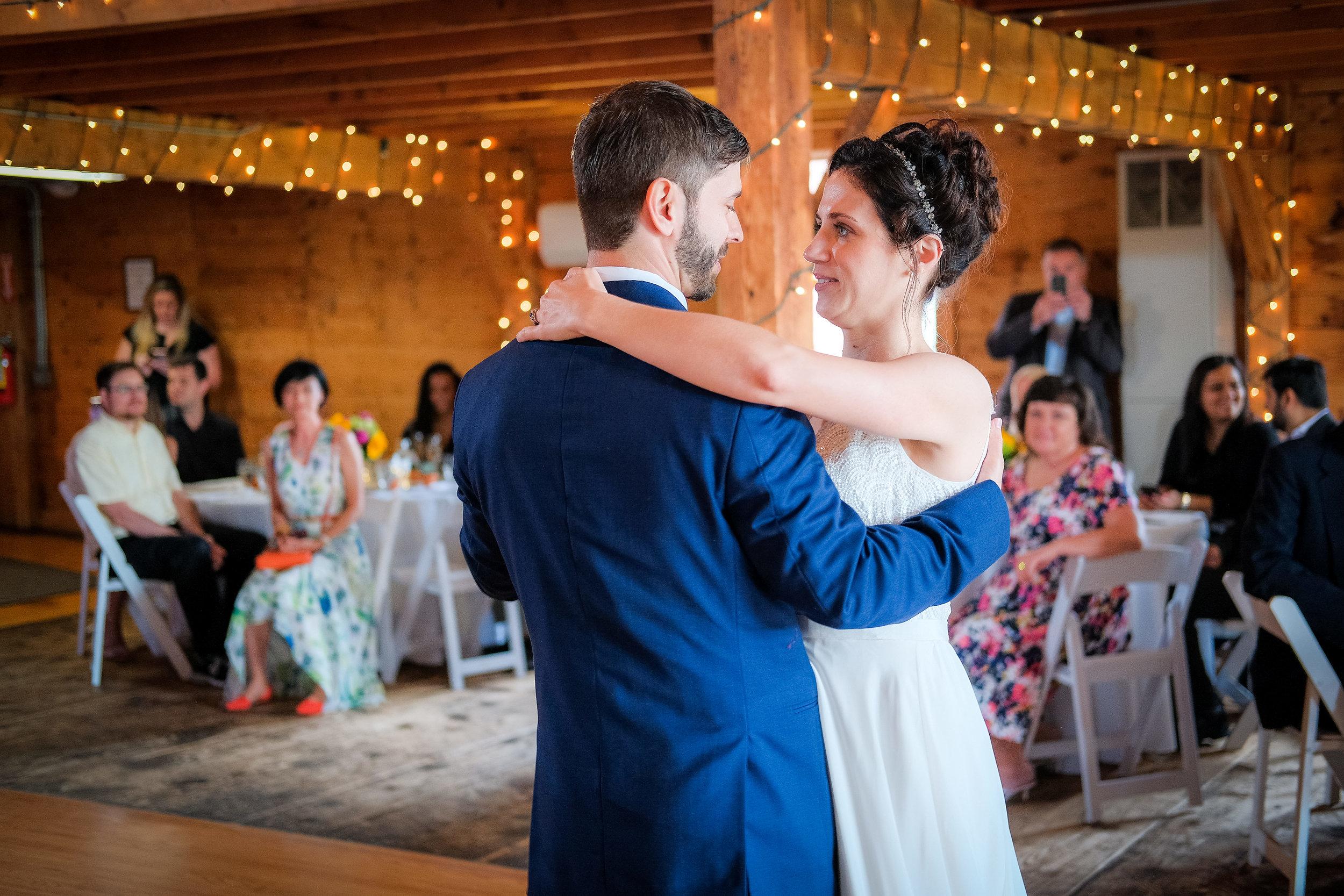 Peabody-Smith-Barn-Wedding-Photography-23.jpg