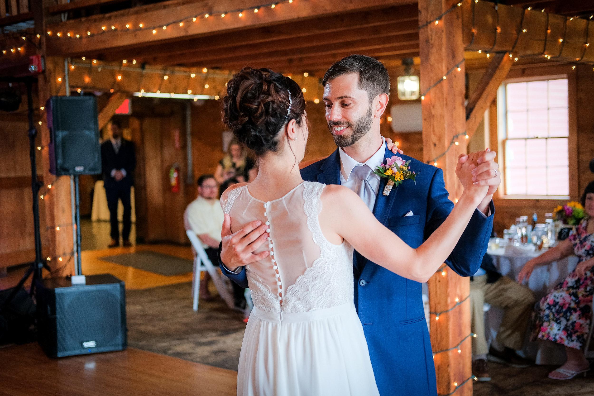 Peabody-Smith-Barn-Wedding-Photography-24.jpg