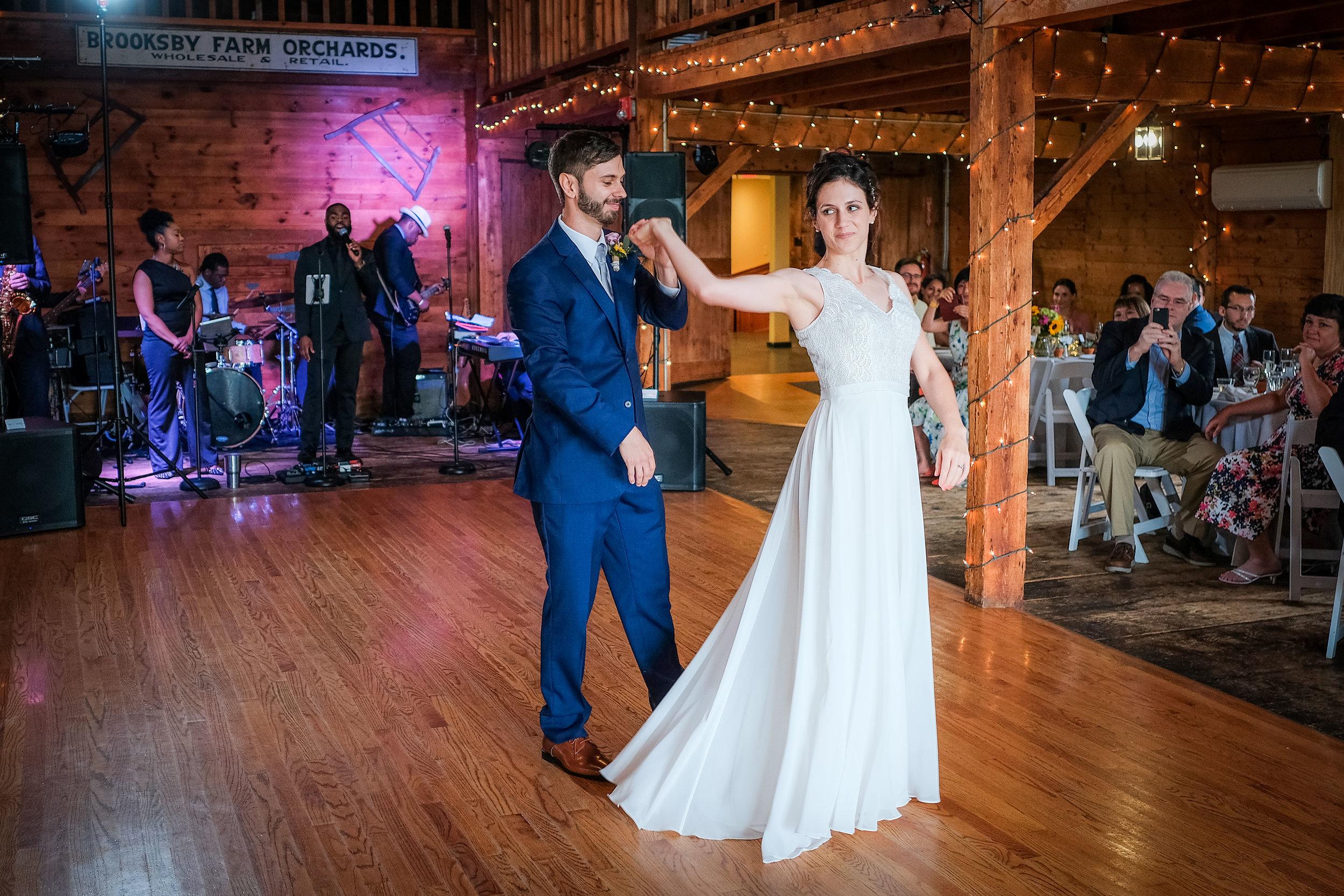 Peabody-Smith-Barn-Wedding-Photography-26.jpg