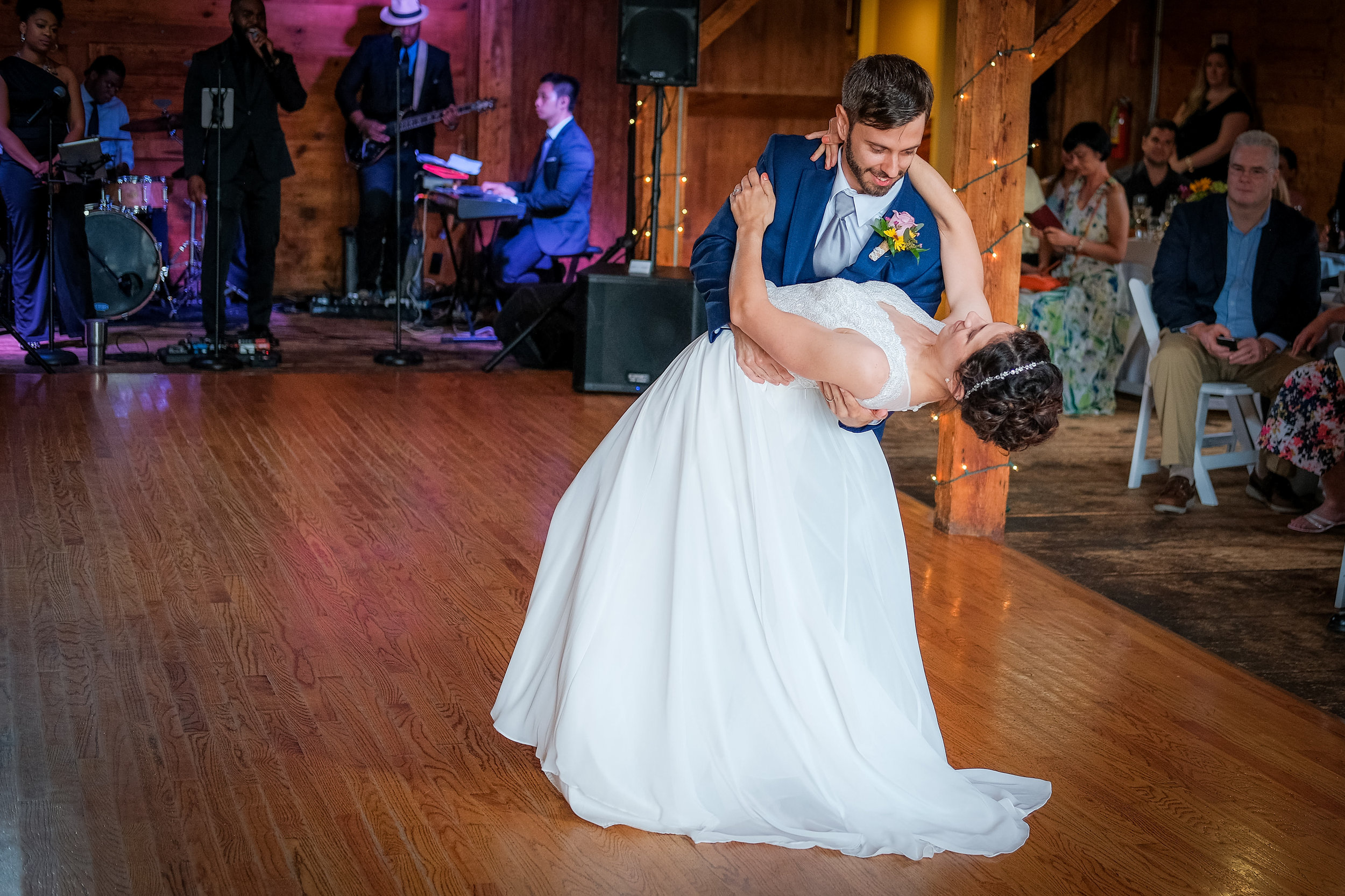 Peabody-Smith-Barn-Wedding-Photography-30.jpg