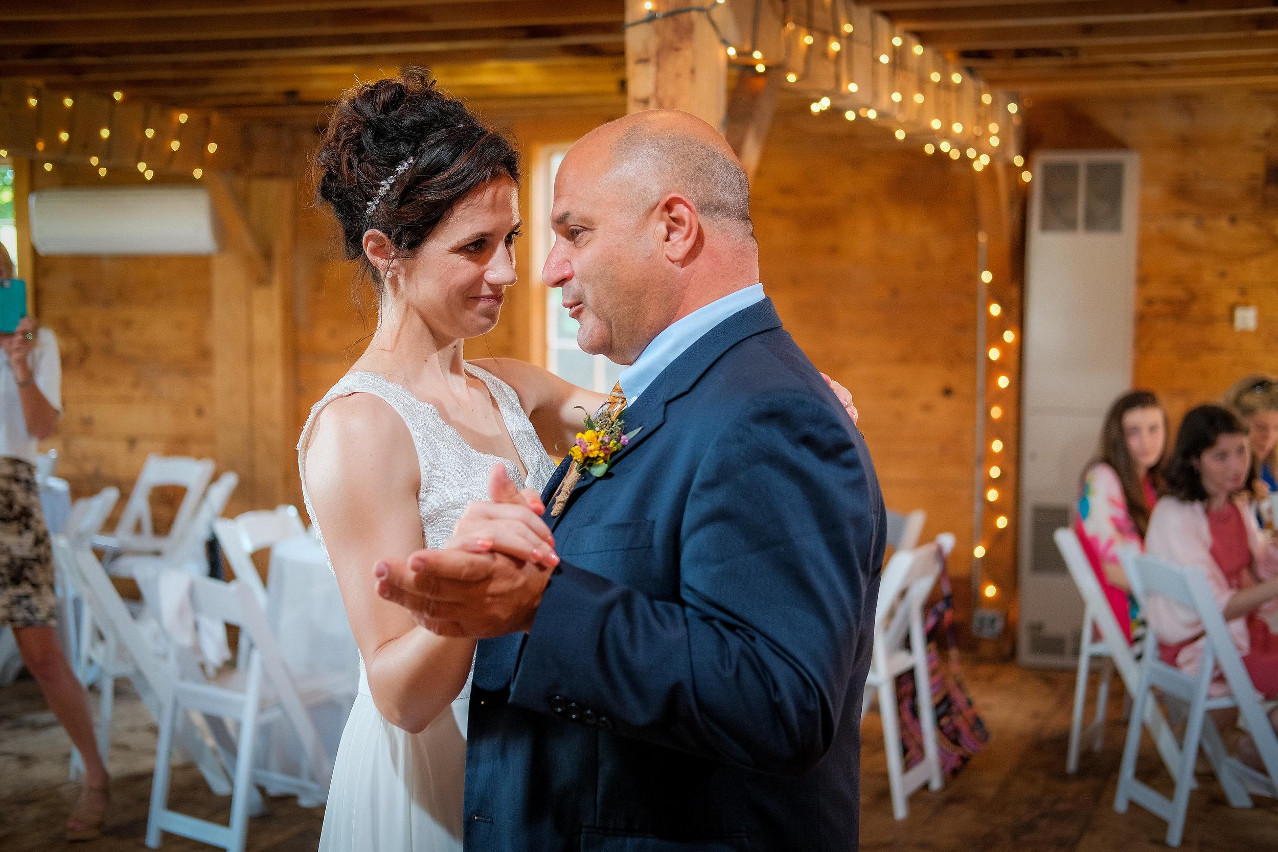 Peabody-Smith-Barn-Wedding-Photography-41.jpg