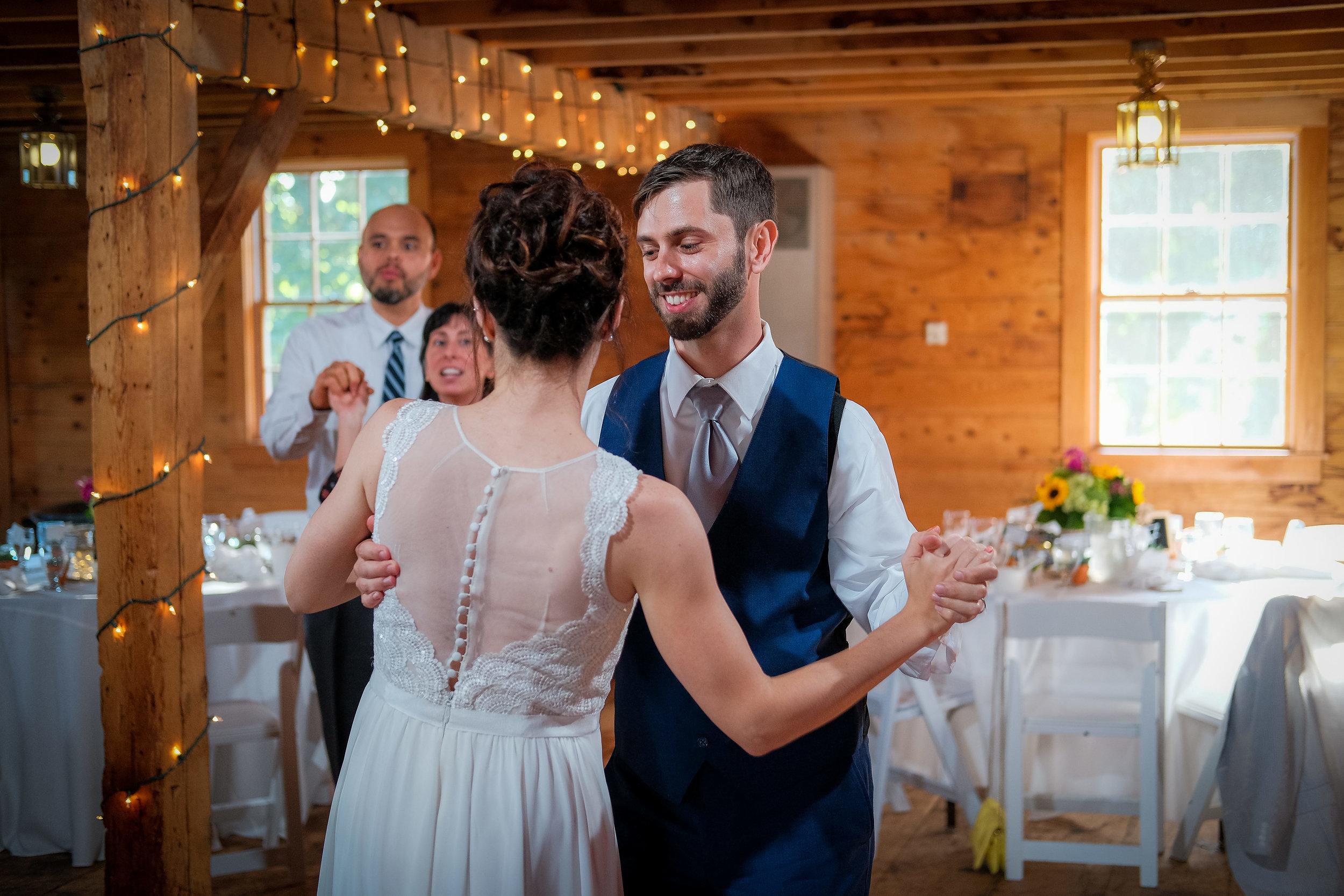 Peabody-Smith-Barn-Wedding-Photography-43.jpg