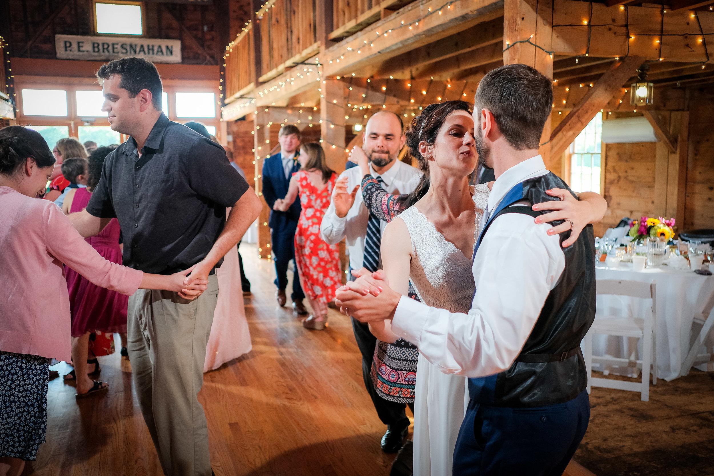 Peabody-Smith-Barn-Wedding-Photography-44.jpg