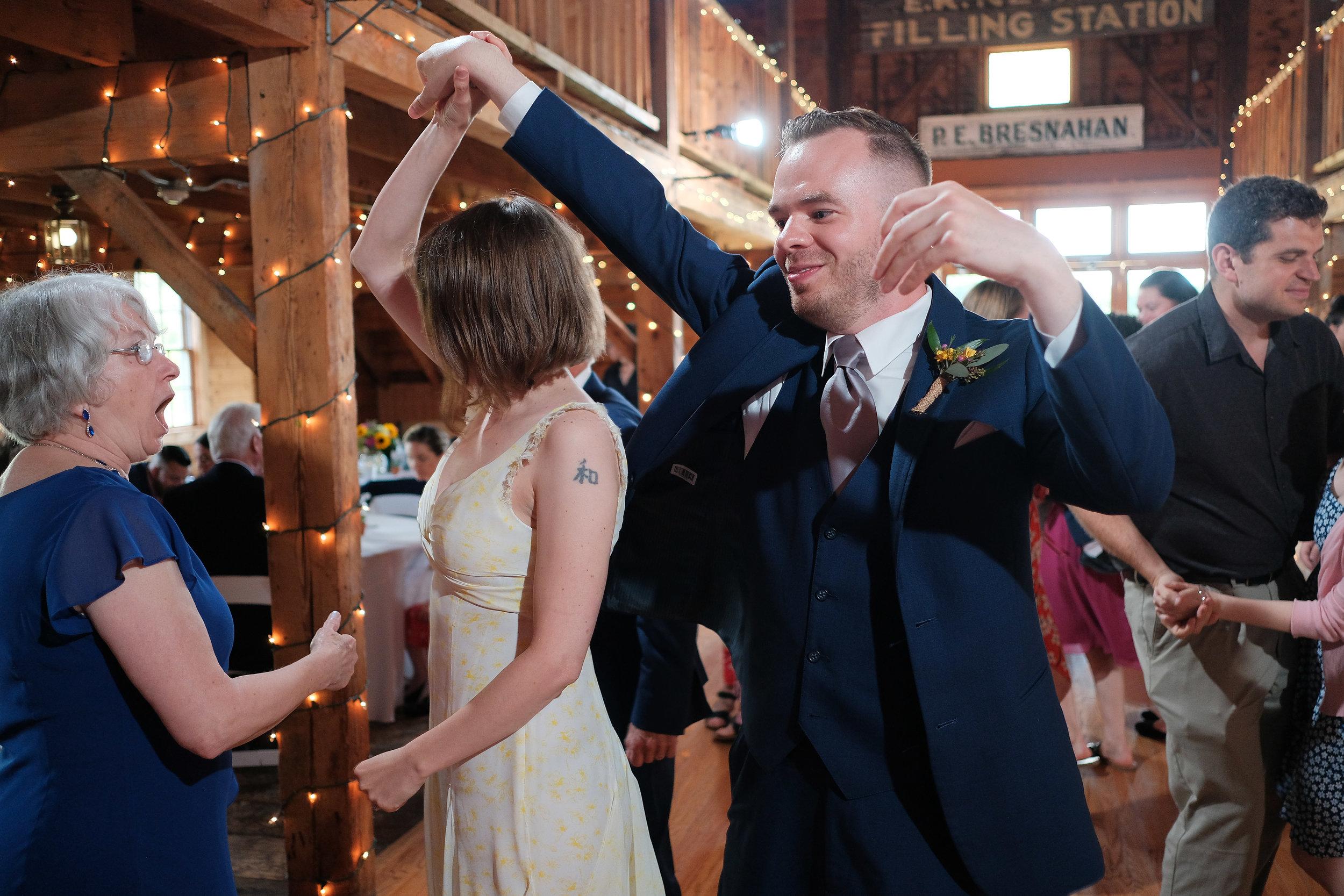 Peabody-Smith-Barn-Wedding-Photography-45.jpg