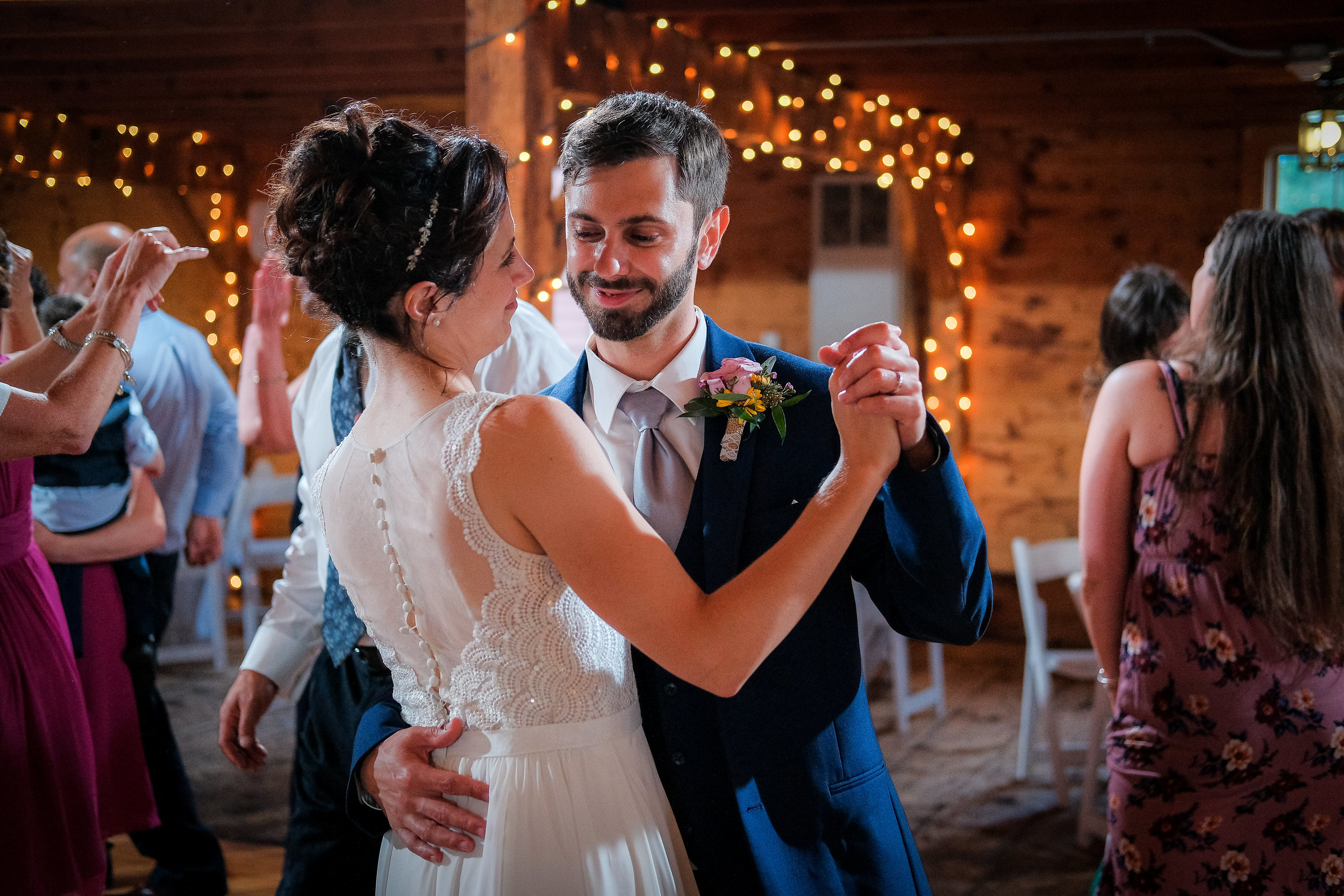 Peabody-Smith-Barn-Wedding-Photography-71.jpg