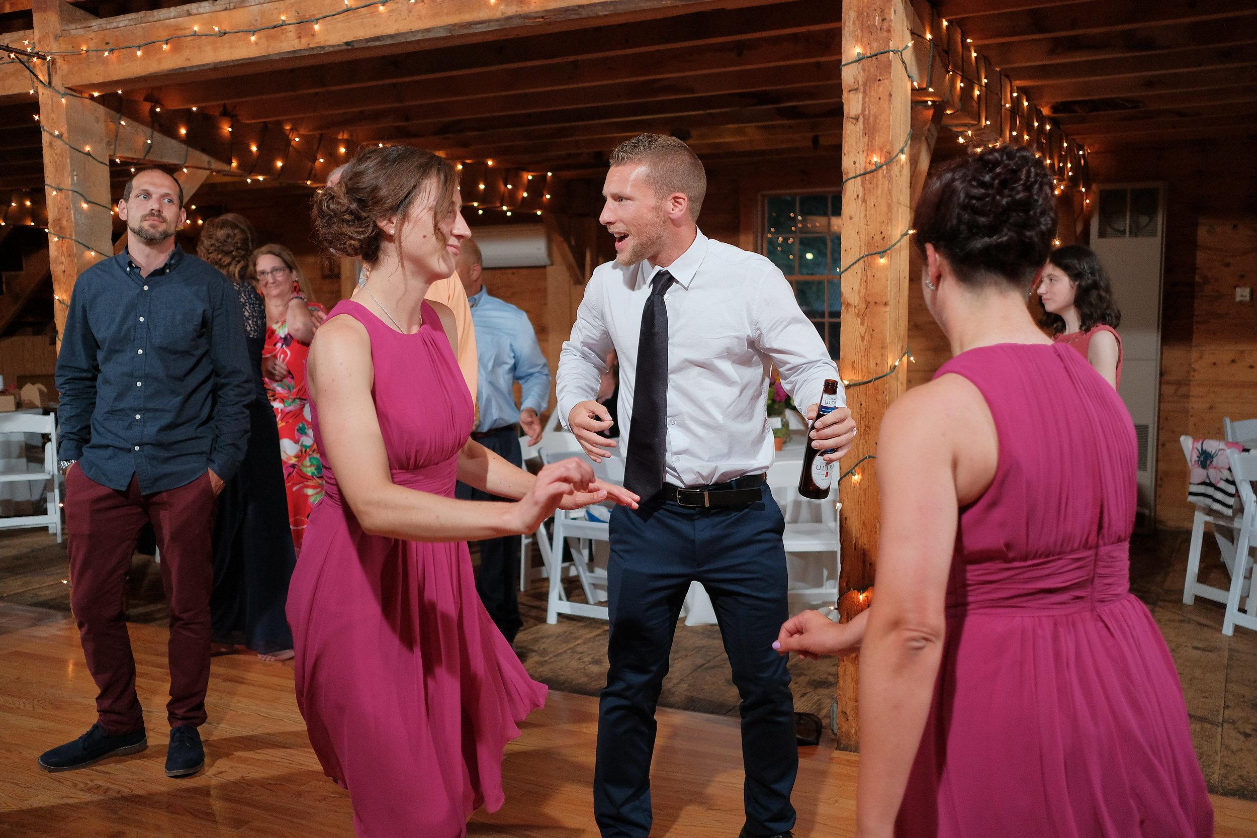 Peabody-Smith-Barn-Wedding-Photography-75.jpg
