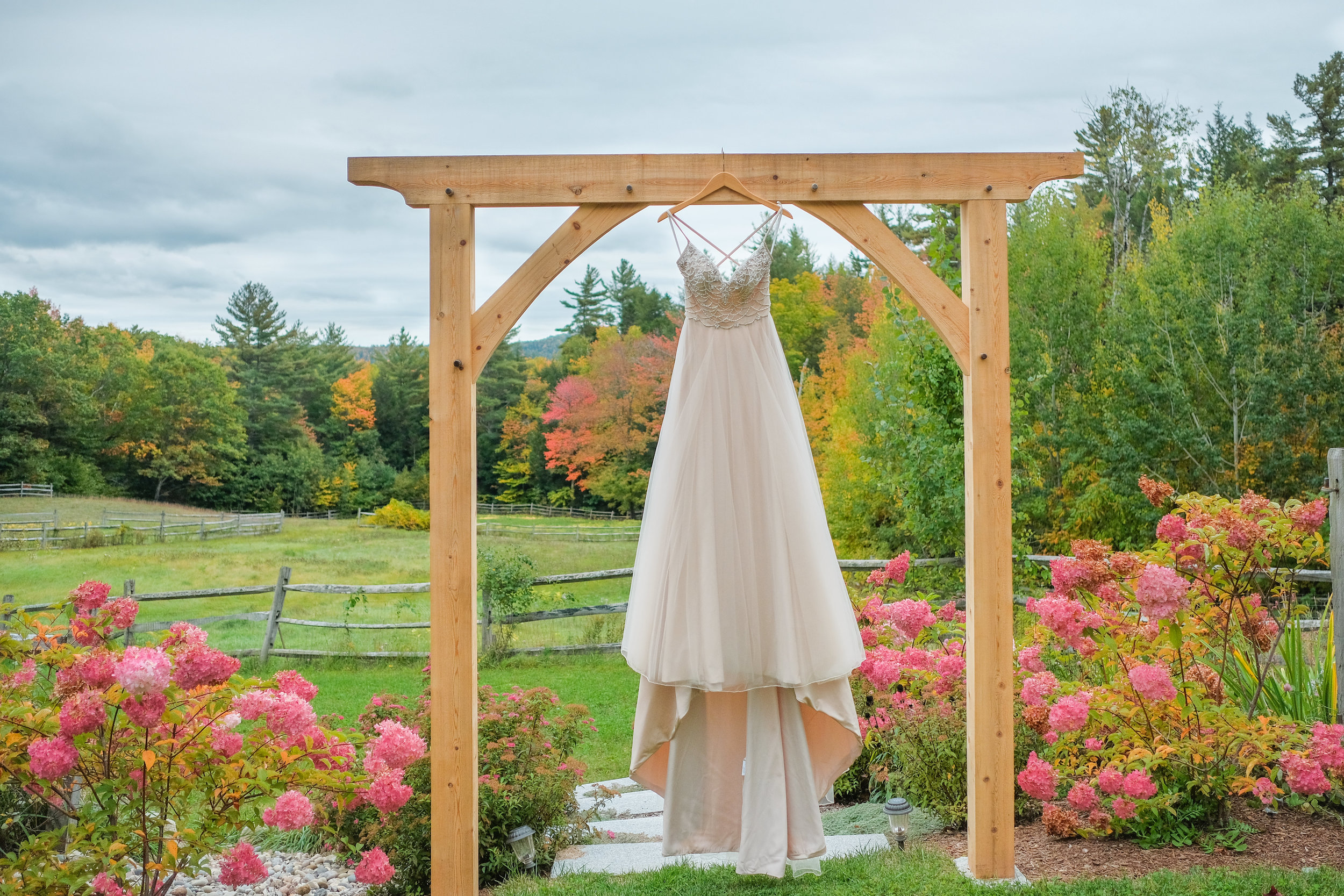 Locke-Falls-Farm-wedding-photography-30.jpg