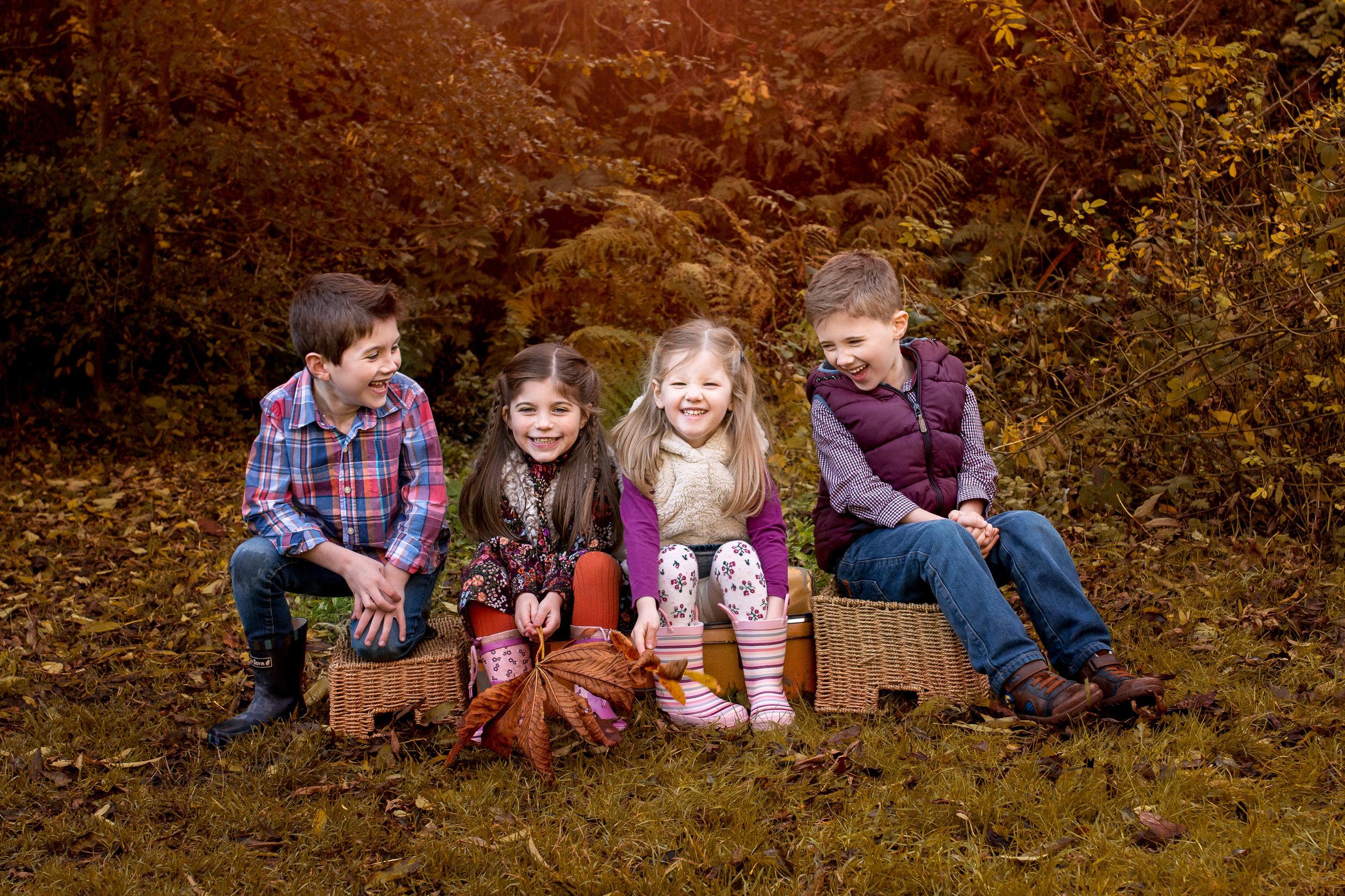 children's - photography - glasgow - kids joking around