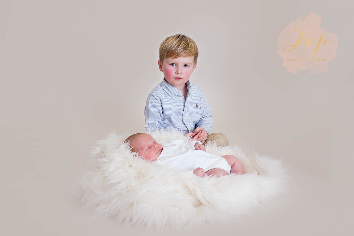 big brother with new baby newborn photographer near glasgow