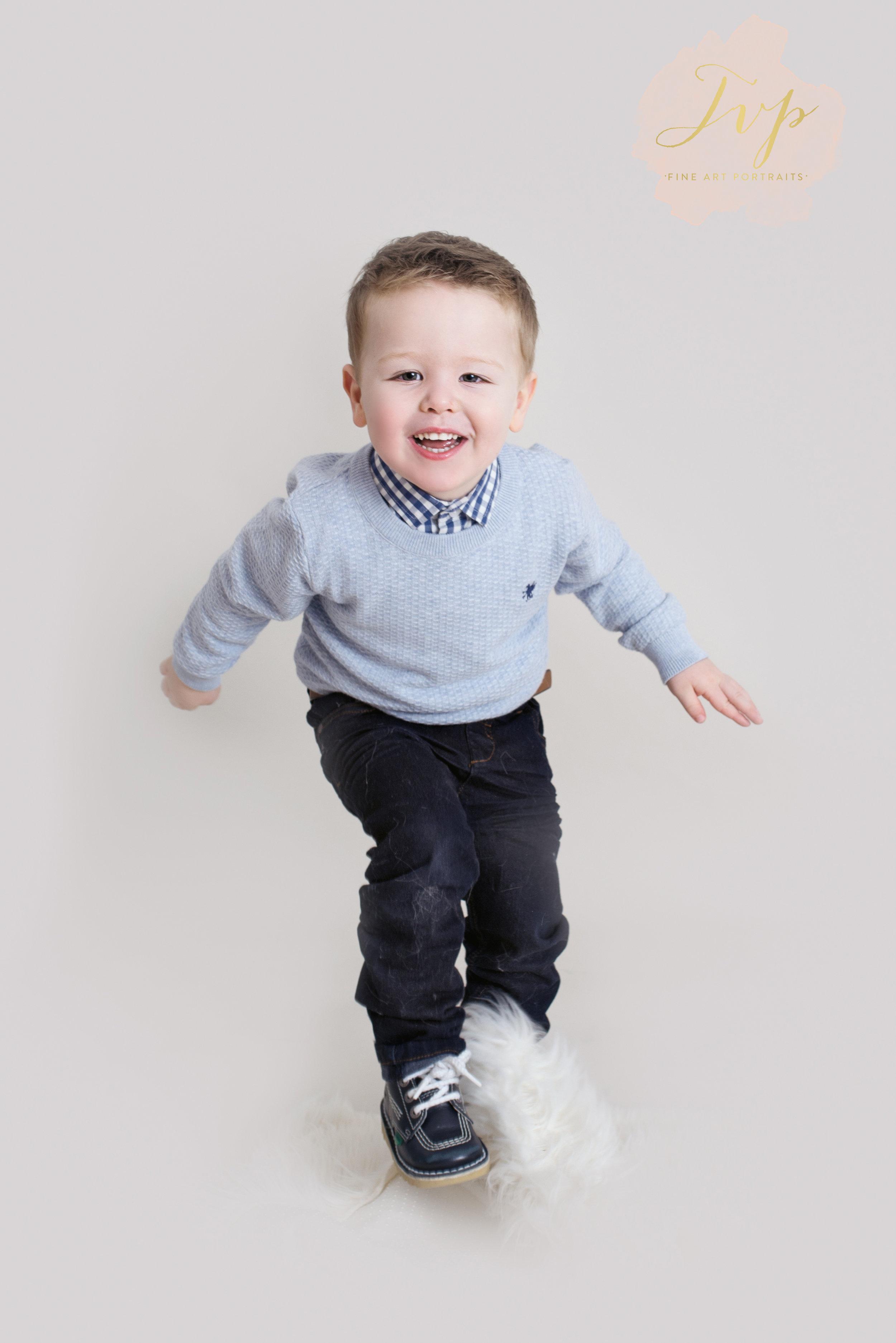 jump-family-photographer-glasgow