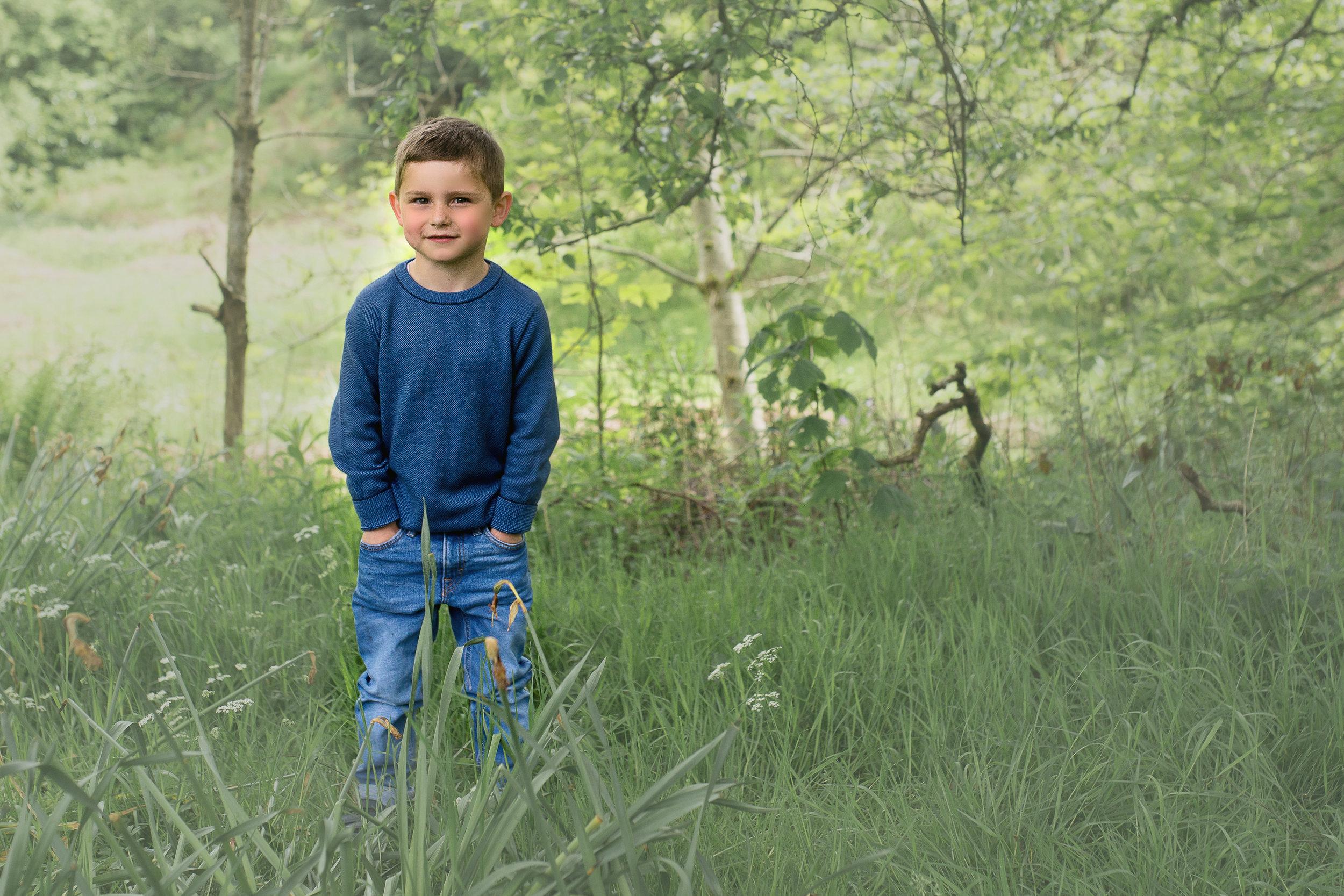 renfrewshire-photographer-boy-hands-in-pockets.jpg