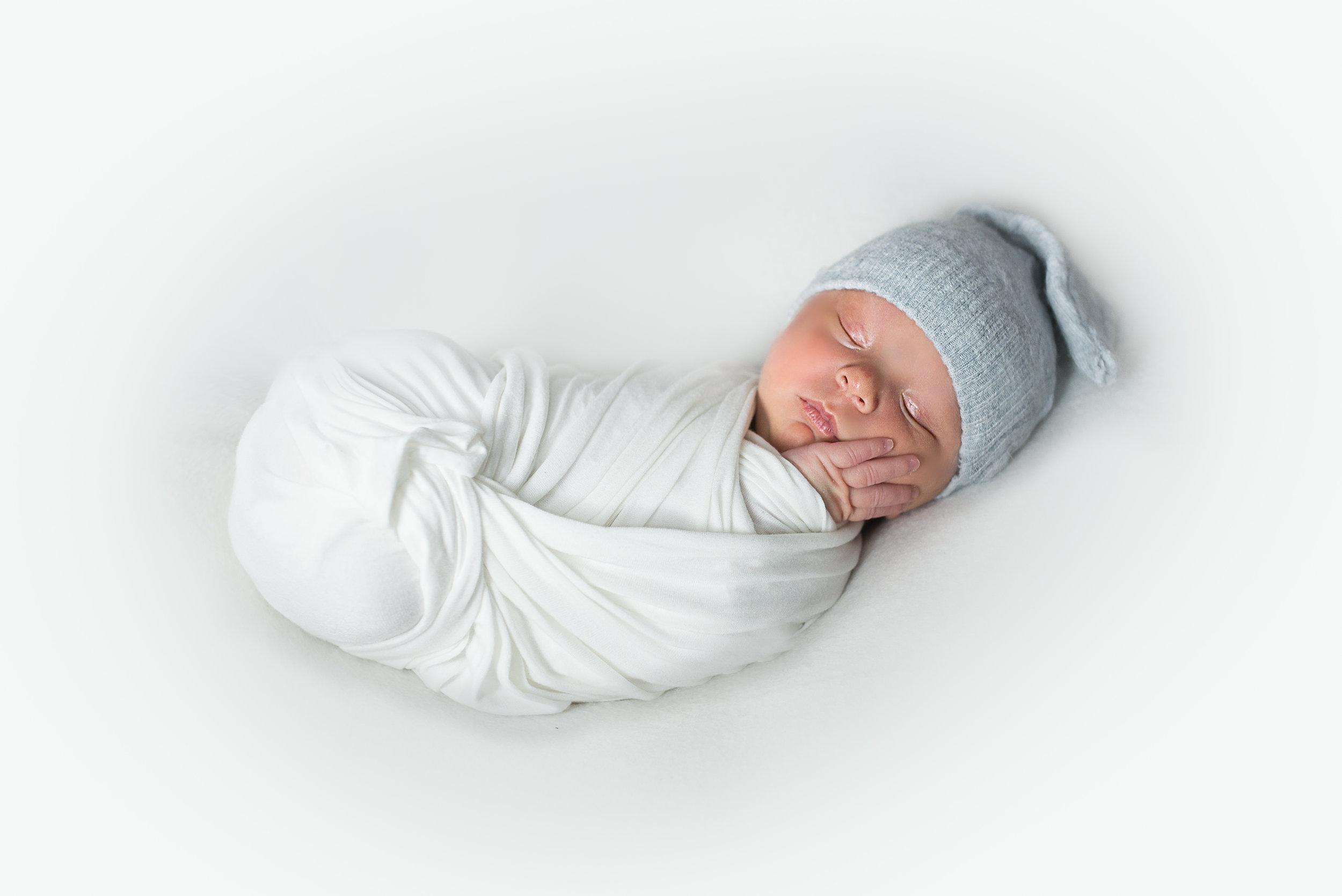 baby-photographer-near-glasgow-stanley