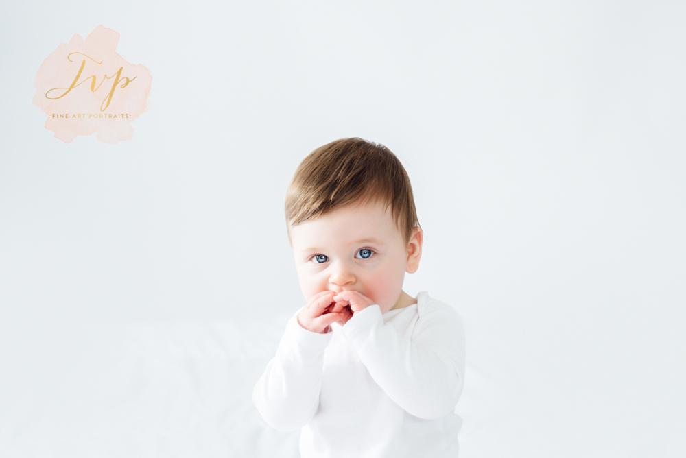 baby photos-photographer-glasgow-pailsey-renfrewshire.jpg