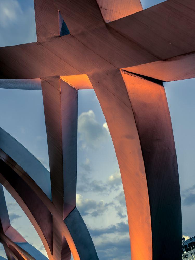 LDKphoto_ GENEVE_Pont_Hans-Wilsdorf-009.jpg