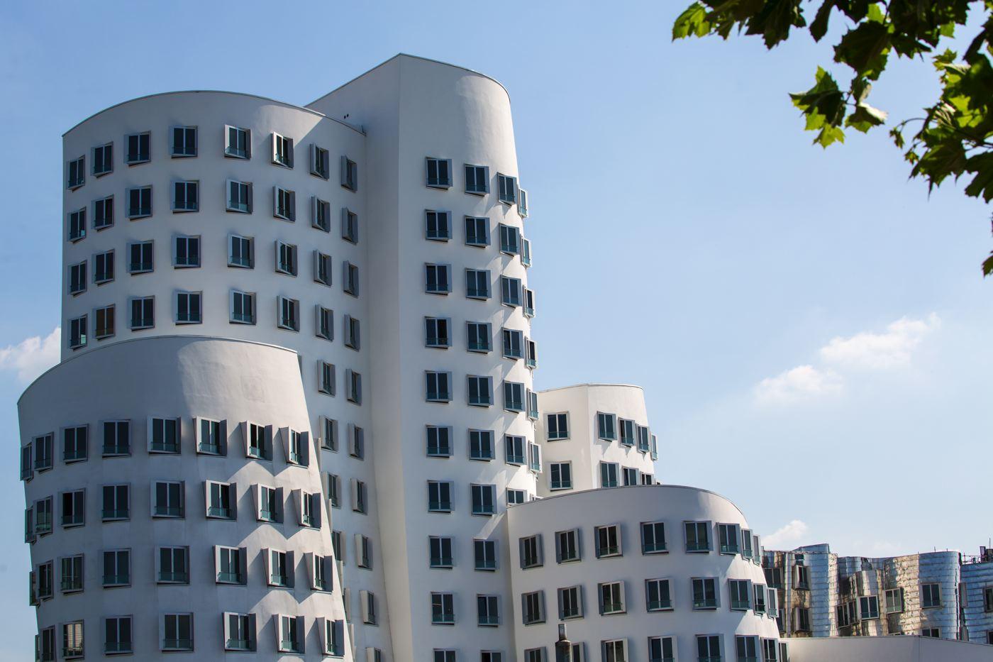 LDKphoto_Dusseldorf-Neuer Zollhof-001.jpg