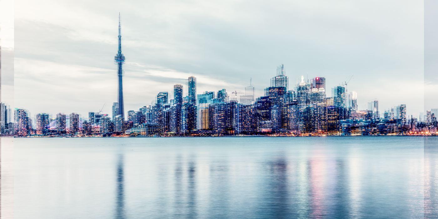 Toronto<strong>- entrez -</strong>