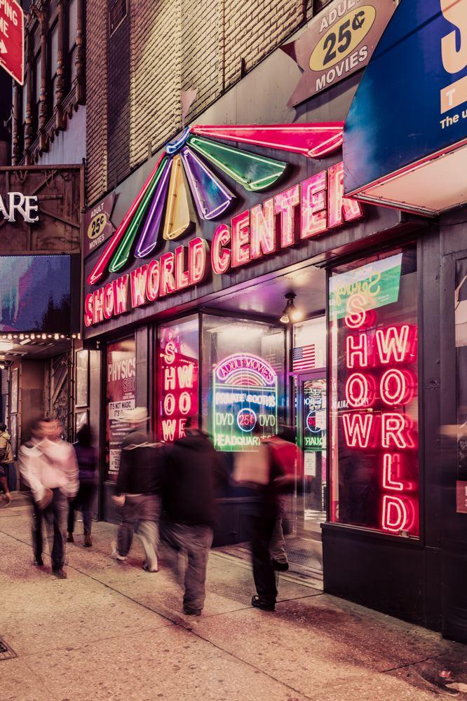 LDKphoto-NYC - show world center.jpg
