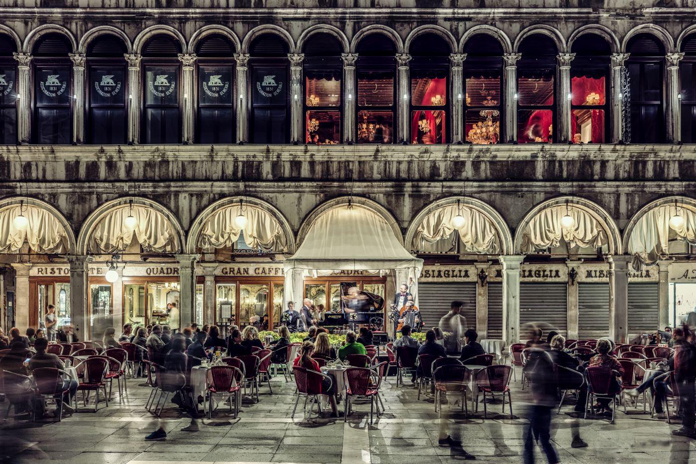 LDKphoto  - Venezia - Grand café.jpg