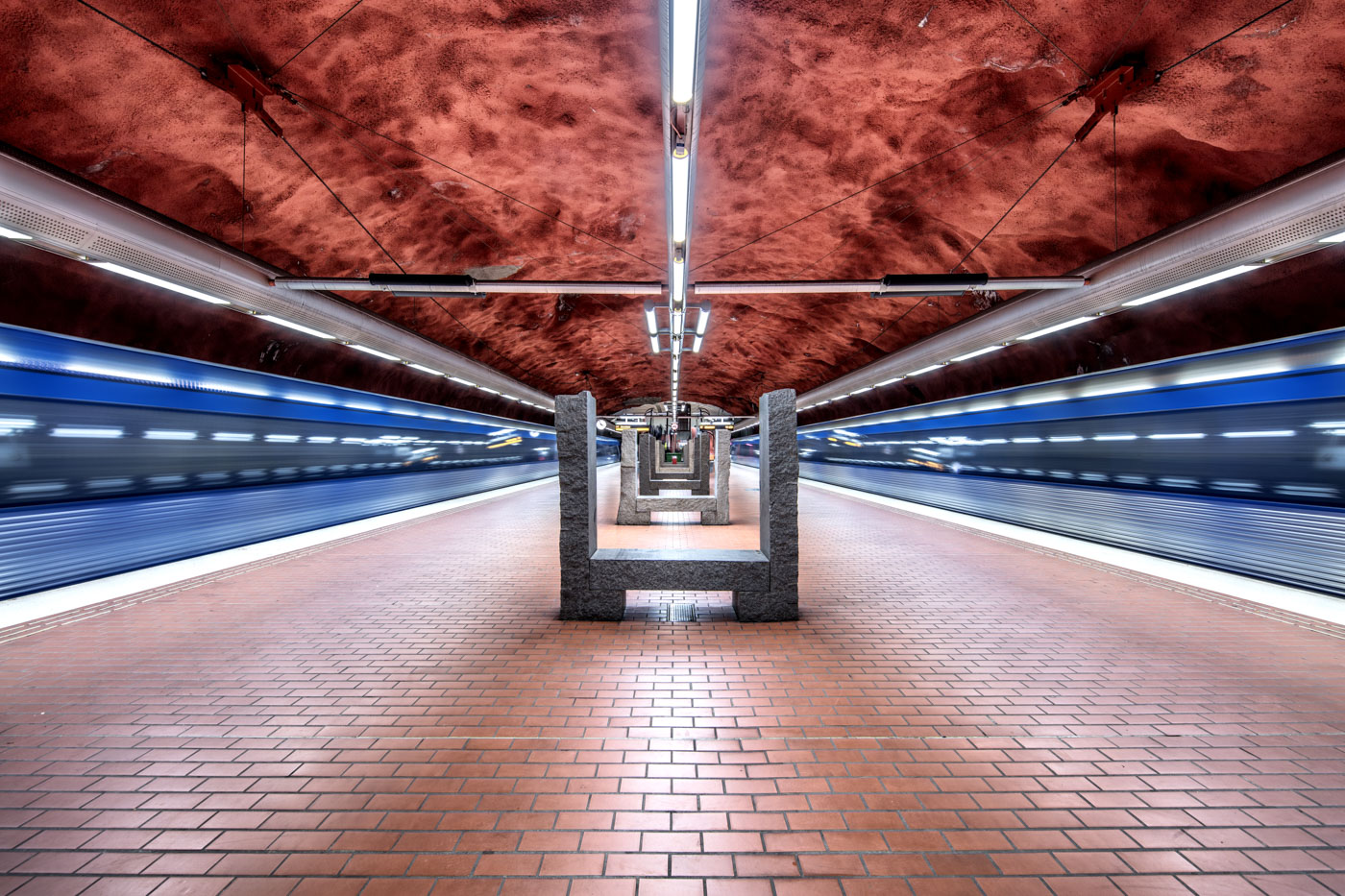 STOCKHOLM-T-BANA-2017-still01.jpg