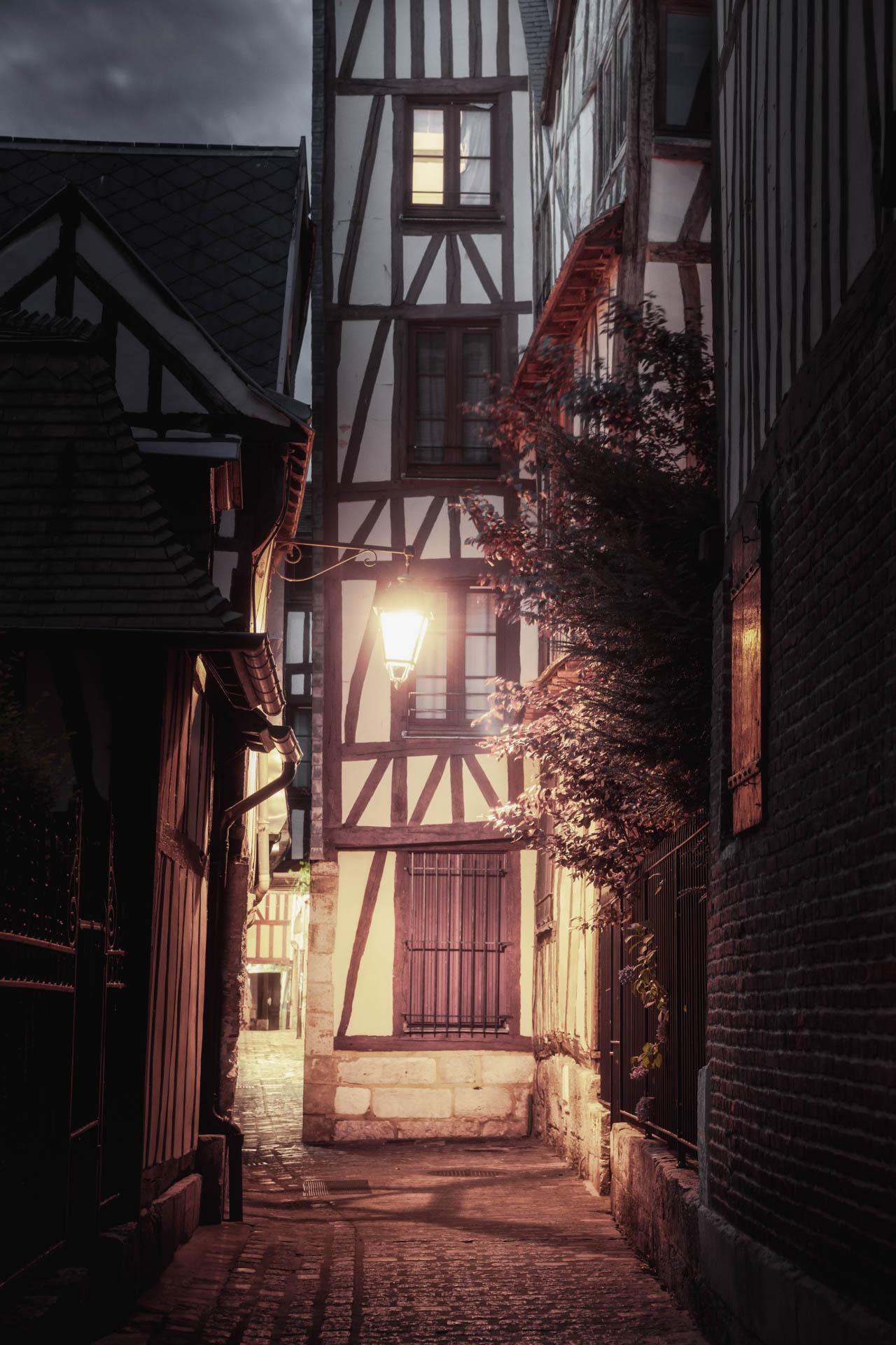 Rouen-still06.jpg