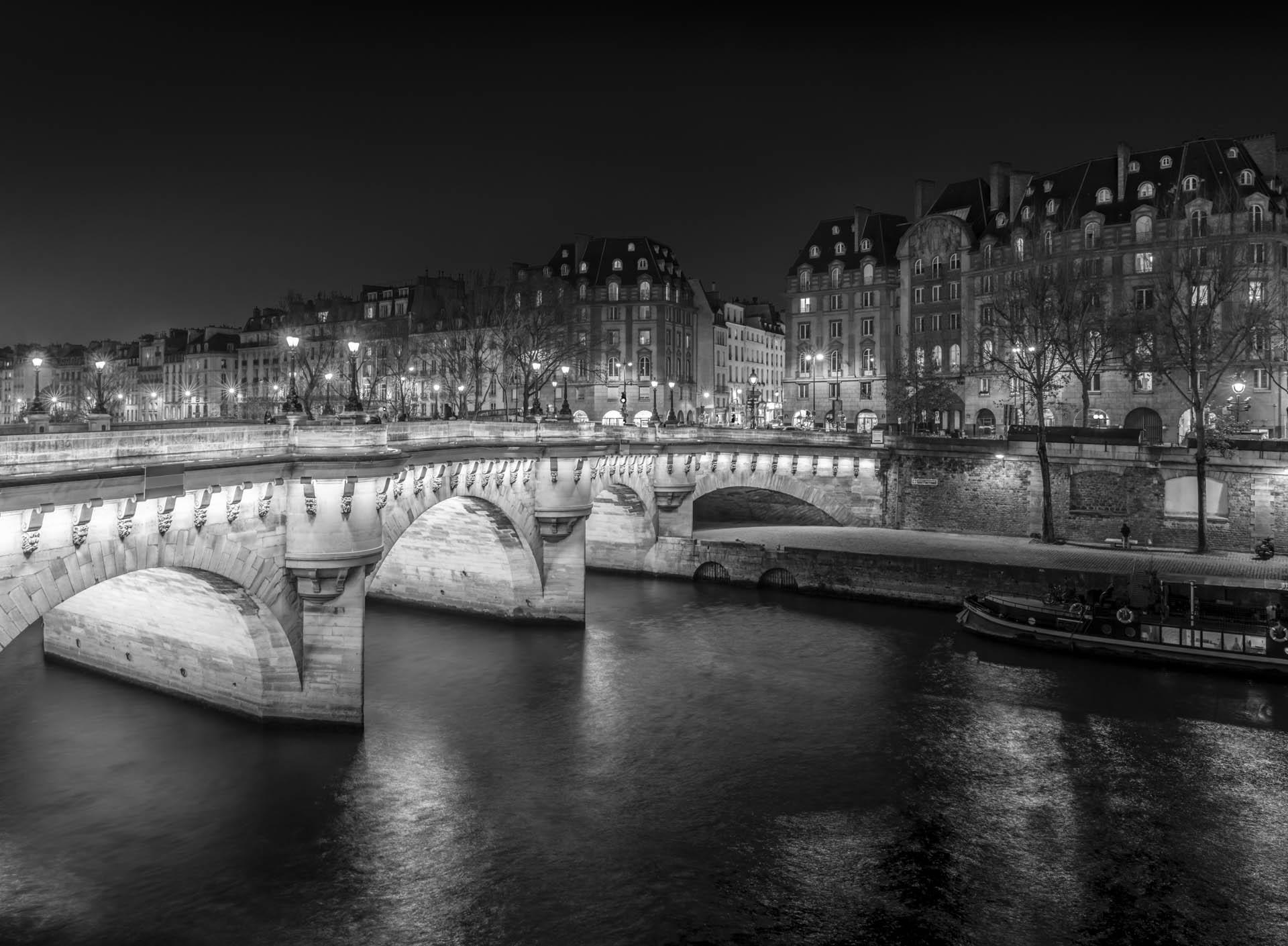 PARIS 2019-N&B_25.jpg