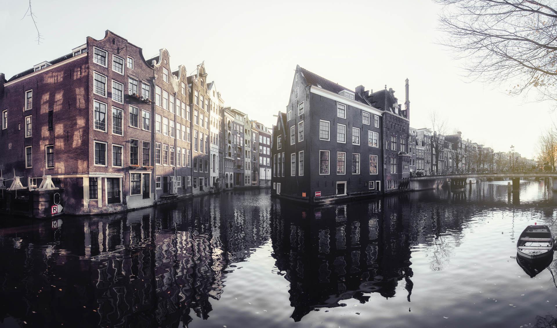 AMSTERDAM2018-STILL01.jpg