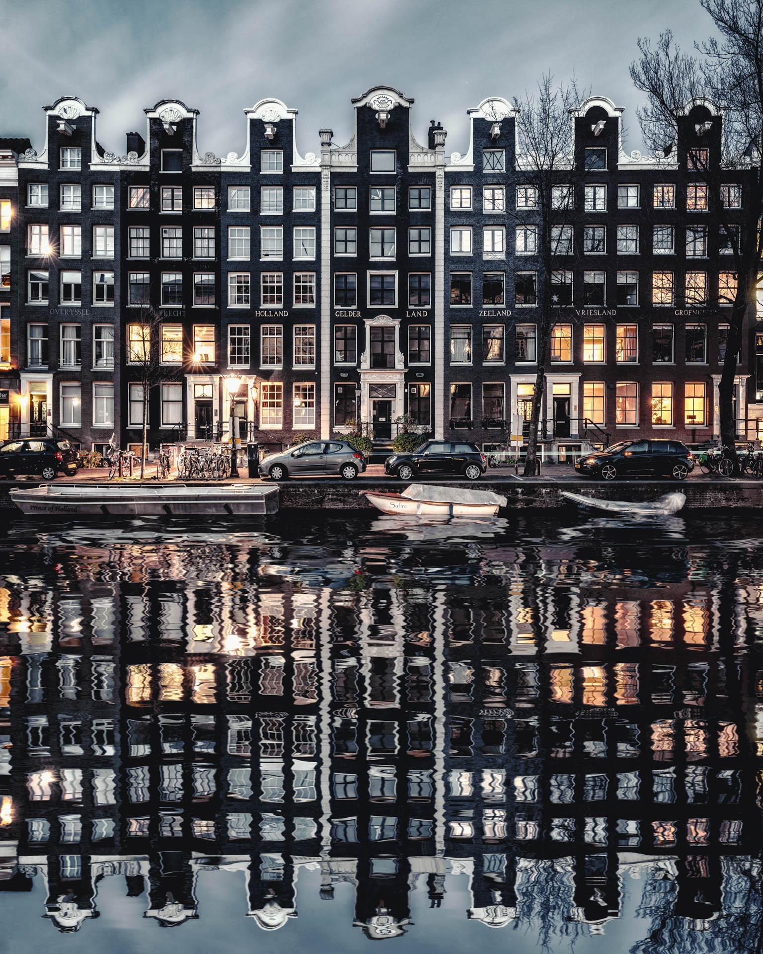 AMSTERDAM2019-STILL02-3.jpg