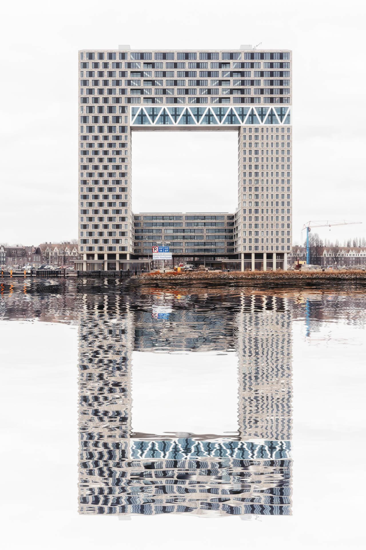 AMSTERDAM2019-STILL04.jpg