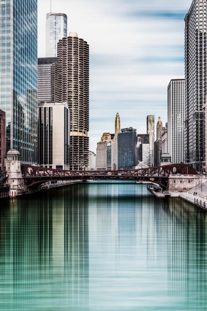 <p><strong>Chicago River II</strong>Edition Limitée<a href=shop/chicago-river-ii>En savoir plus →</a></p>