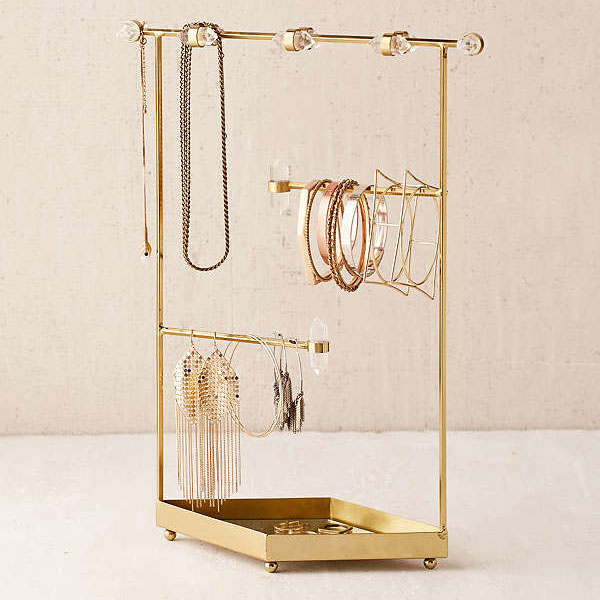 urban-outfitters-jewelry-holder.jpg