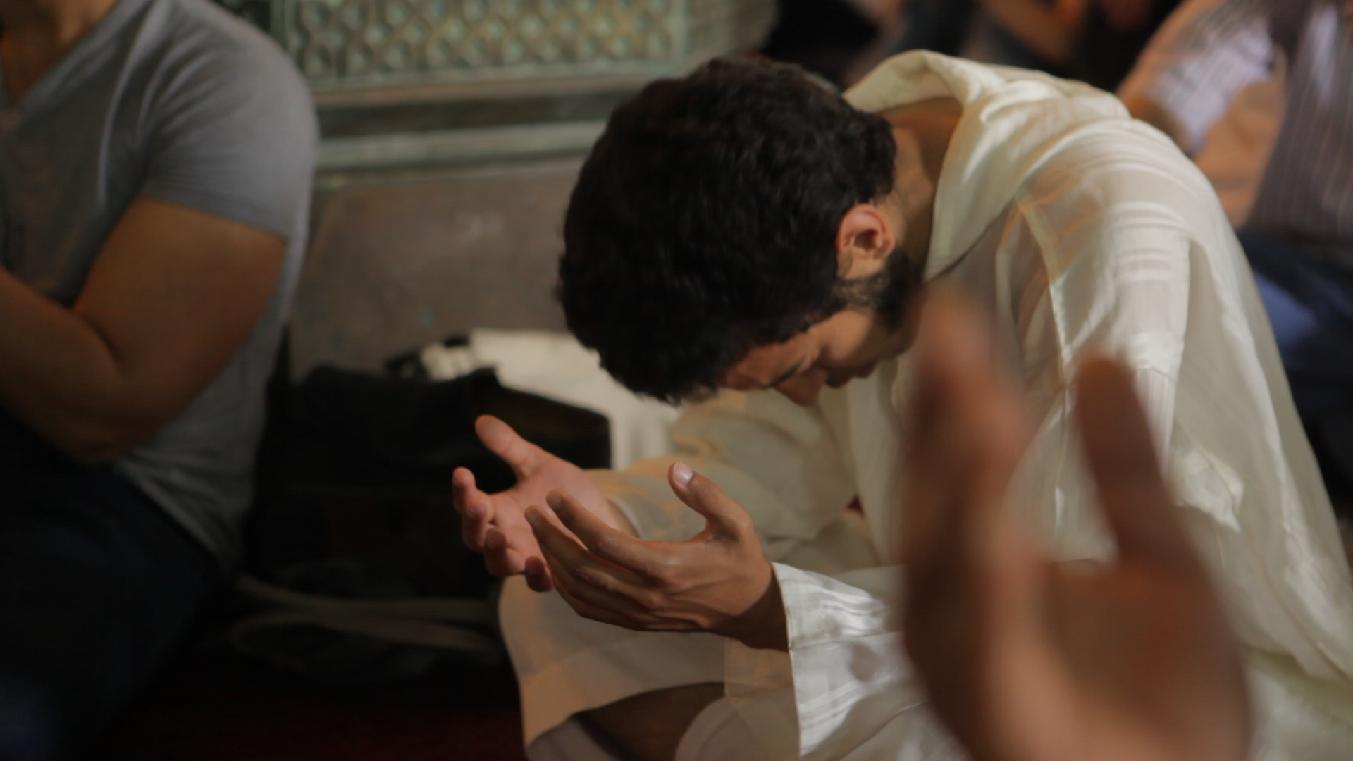 Siwa_Danyal_Mosque_Praying_Day.png