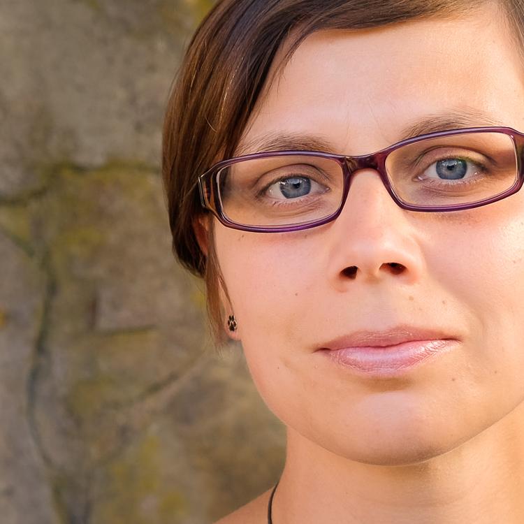 Julia Fuchs, Diplom-Übersetzerin, BDÜ