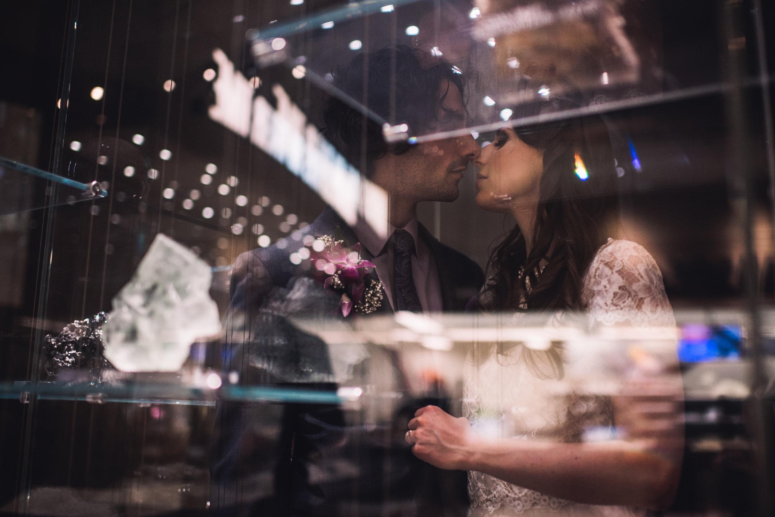 Pittsburgh Elopement Wedding Photographer - Carnegie Museum - Olya Tyler318.jpg