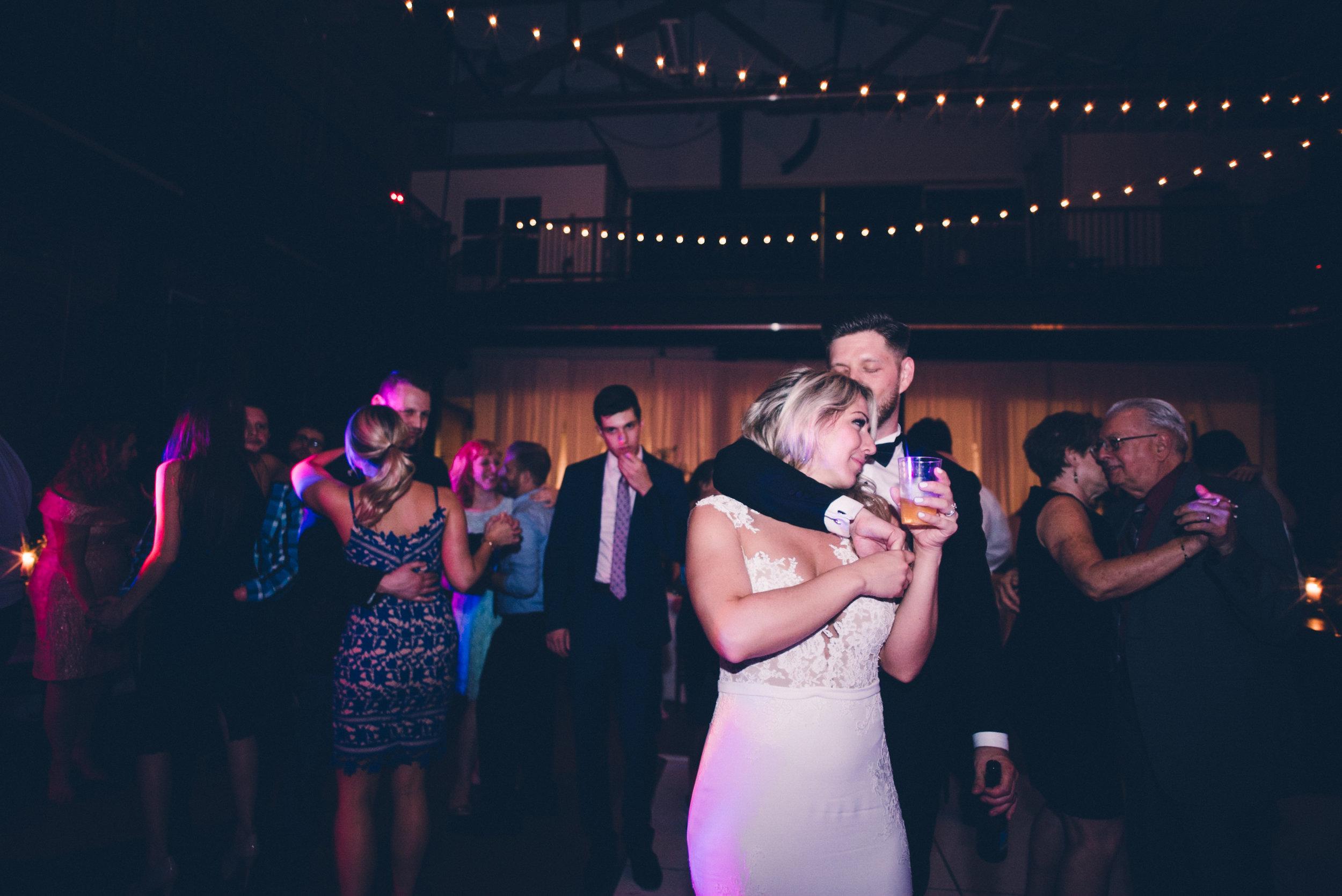 Pittsburgh Pennsylvania New York NYC Wedding Photographer Photojournalist Luxury Downtown Opera - Stirpe 1874.jpg