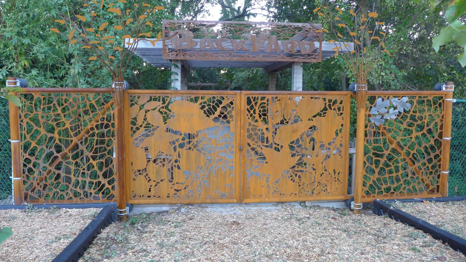 SCHLENKER SCHOOL GATE