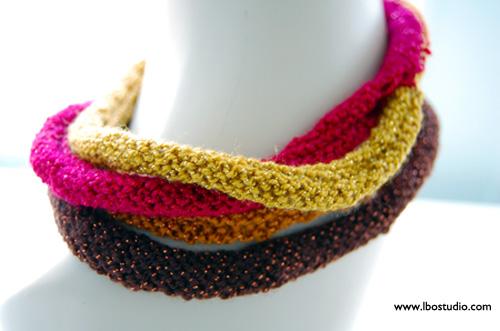 ©2014Lindsay-Obermeyer-Knit-necklace