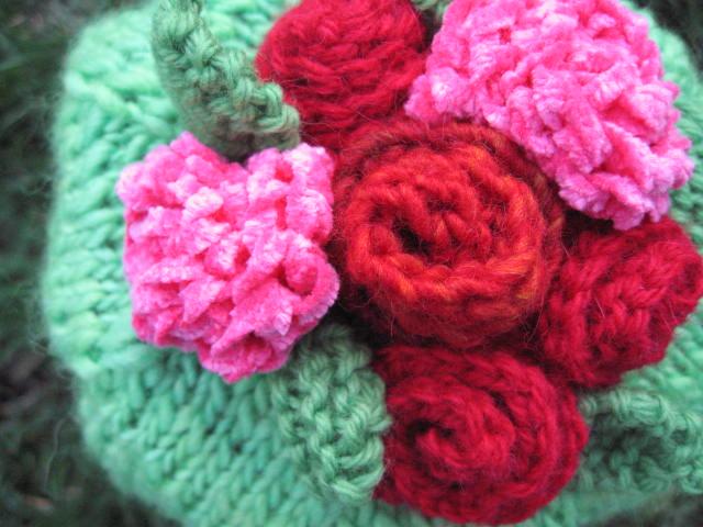©2007Lindsay-Obermeyer-Blooming-Spring-Roses-Detail.jpg