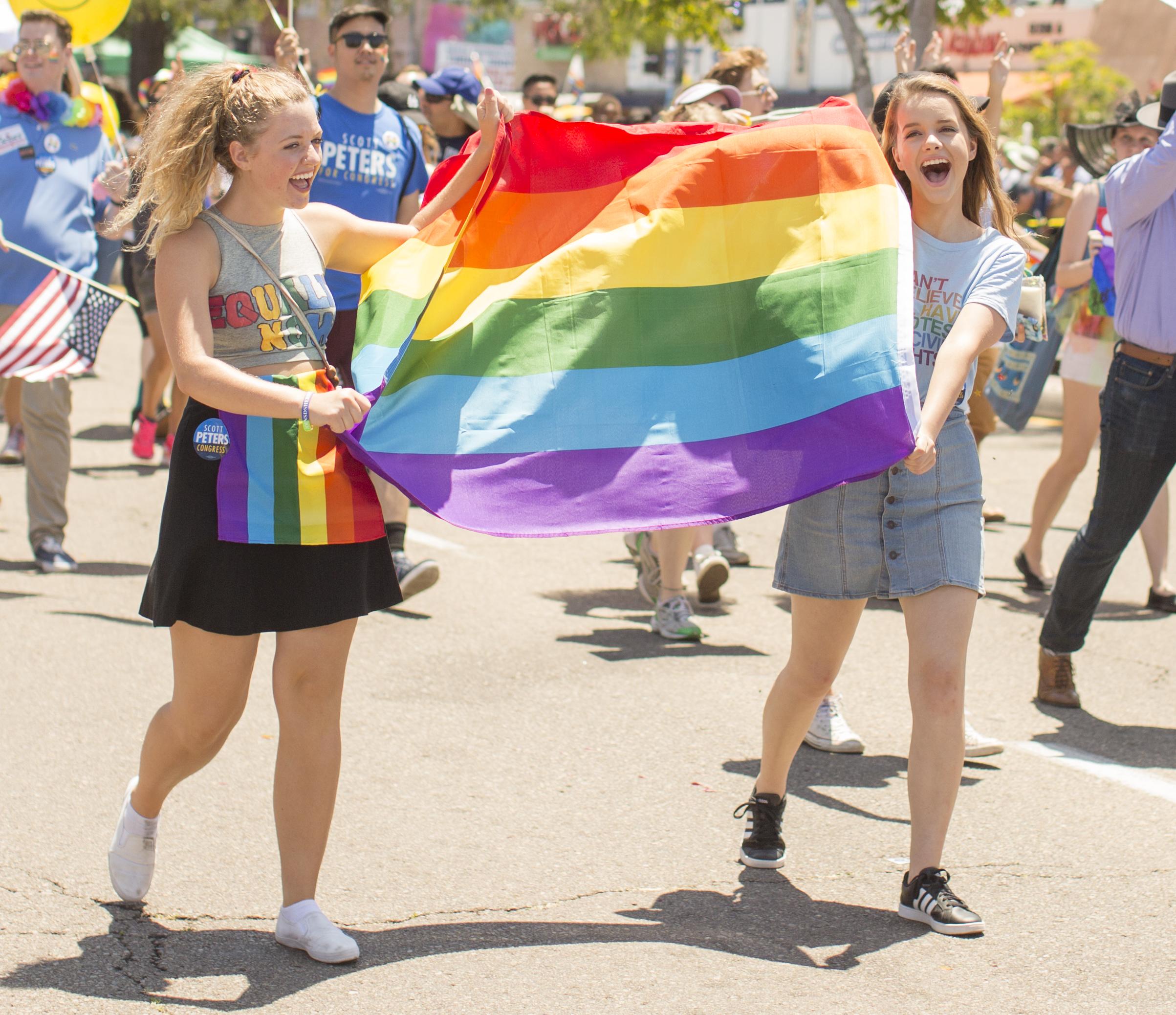 shewanders.photograpy.gay_.pride_.2017.san_.diego208.JPG.gay_.pride_.2017.san_.diego208.jpg