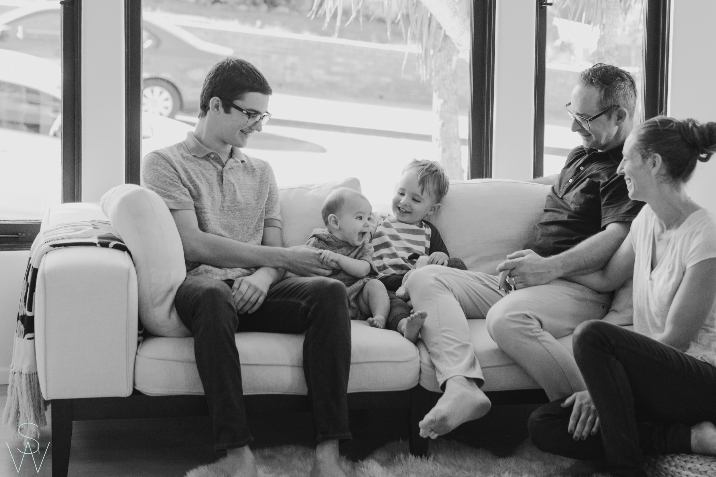 1043shewanders.point.loma.family.portraits.jpg