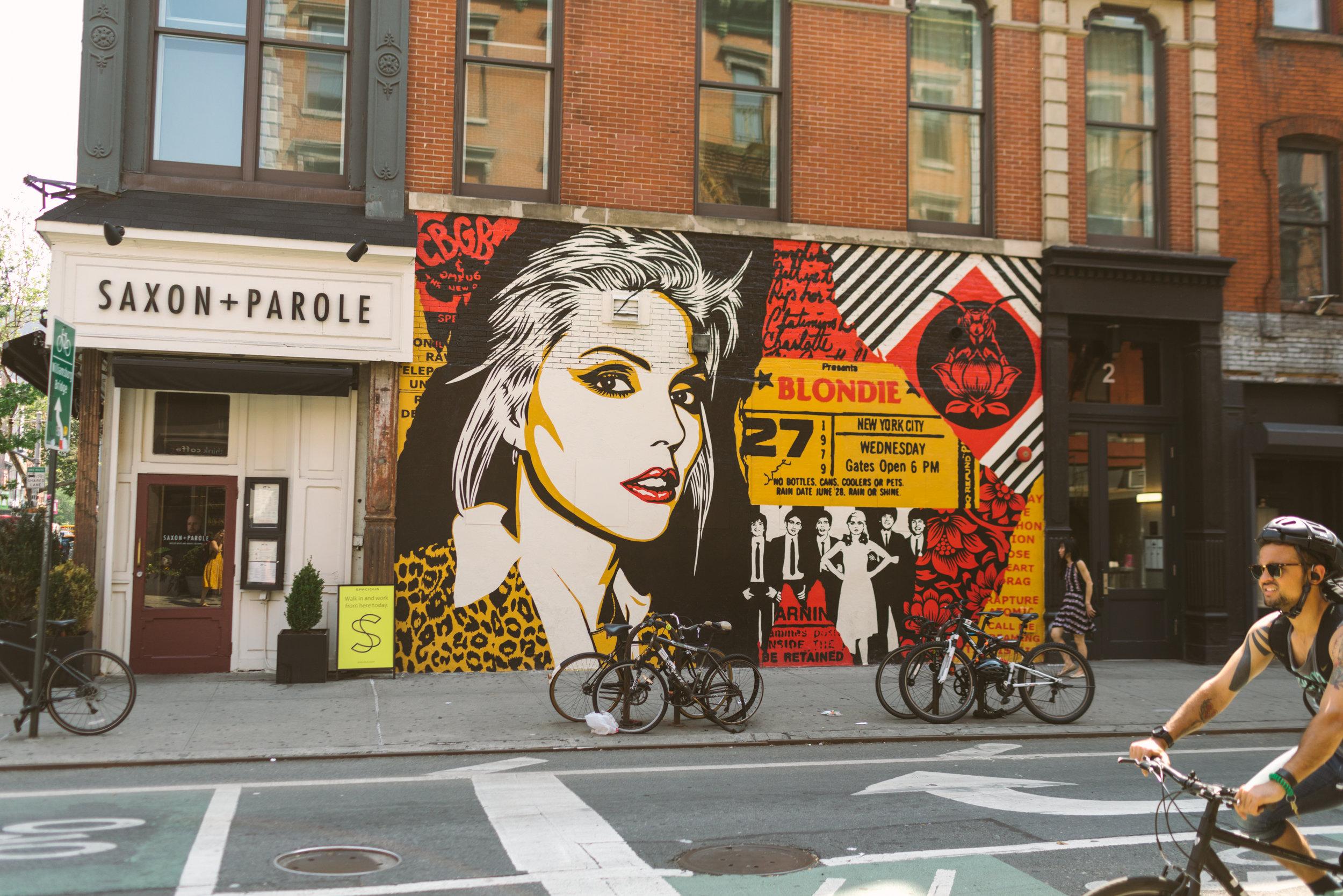 1019.shewanders.loves.new.york.art.museums.jpg