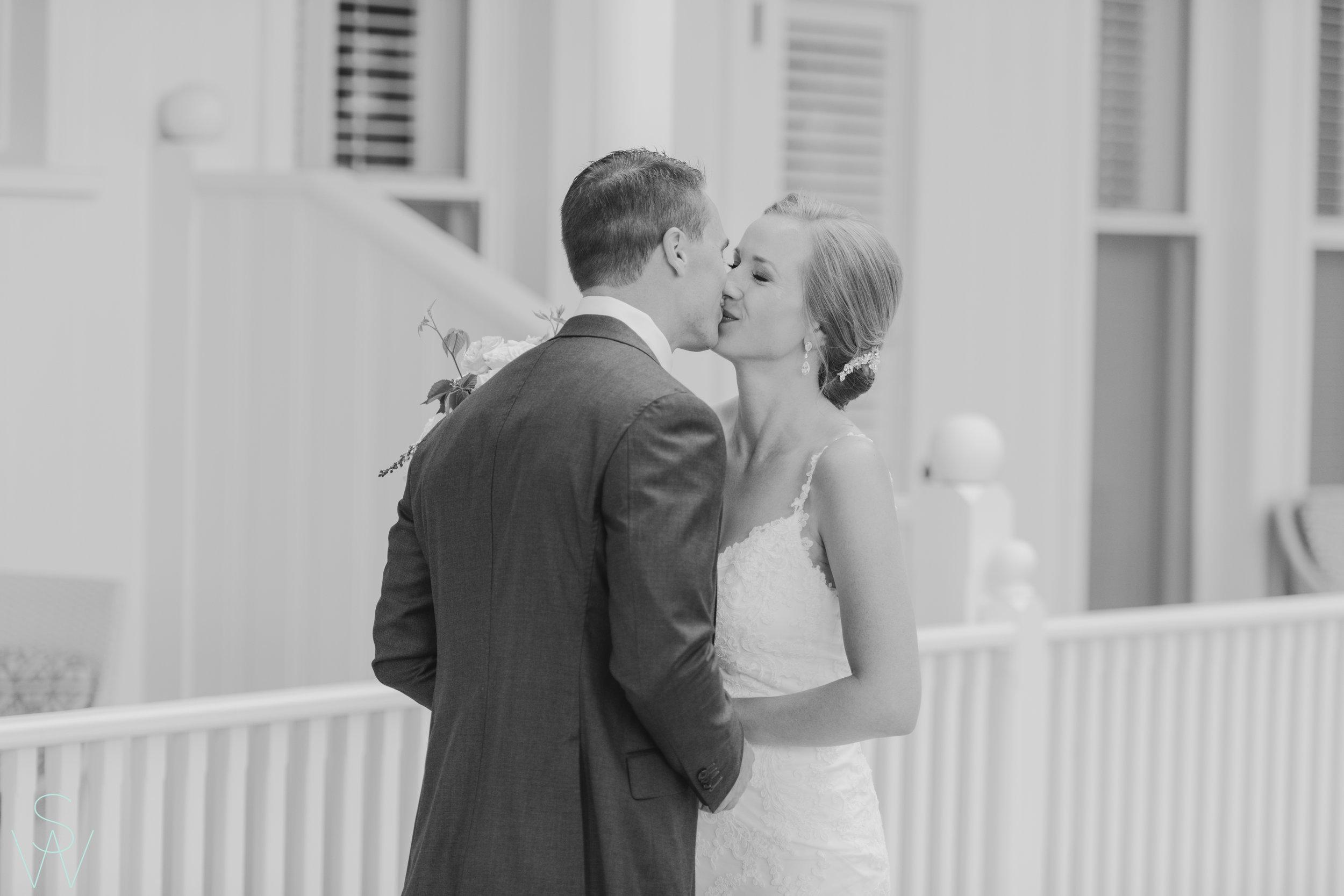 shewanders.photography.hotel.del.wedding-111.jpg