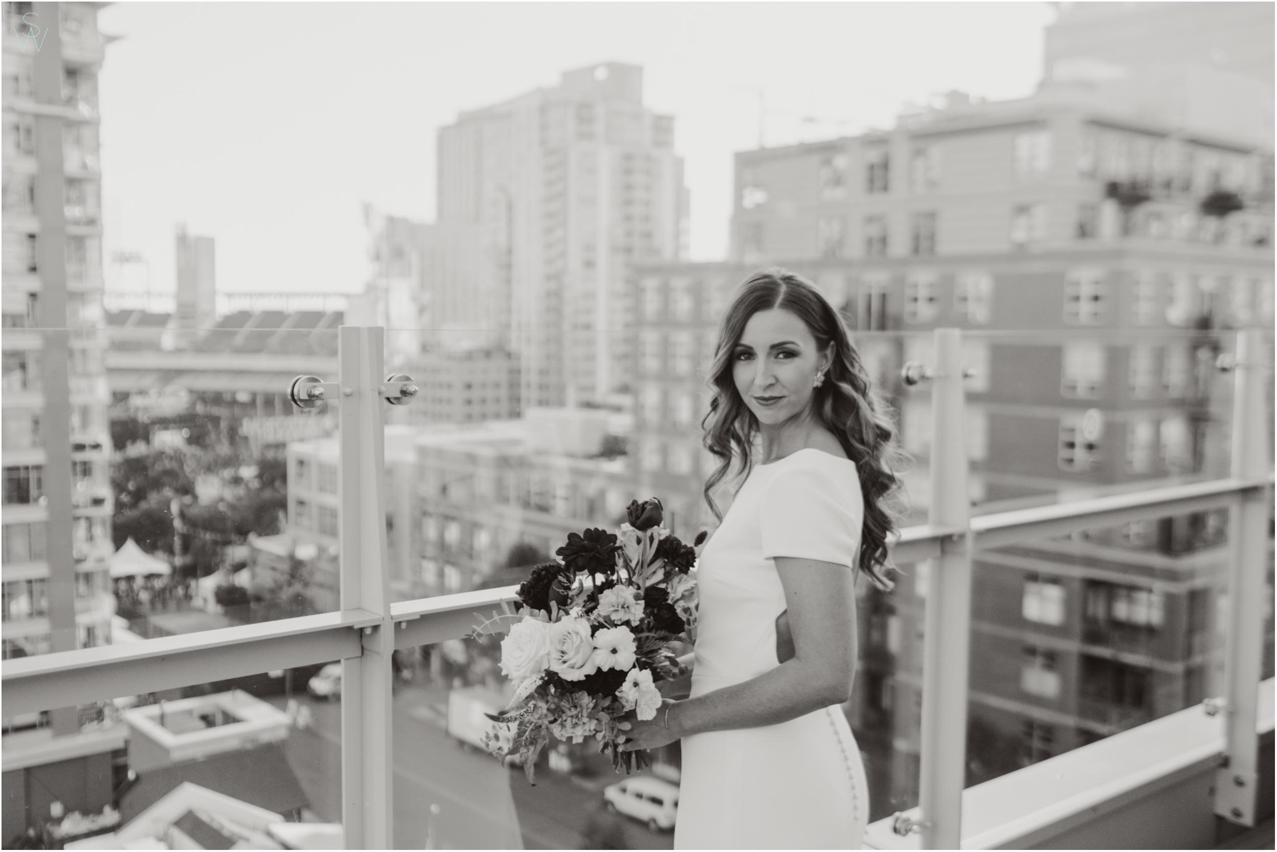 136THE.UNDERGROUND.ELEPHANT.Brideportrait.wedding.photography.shewanders.JPG